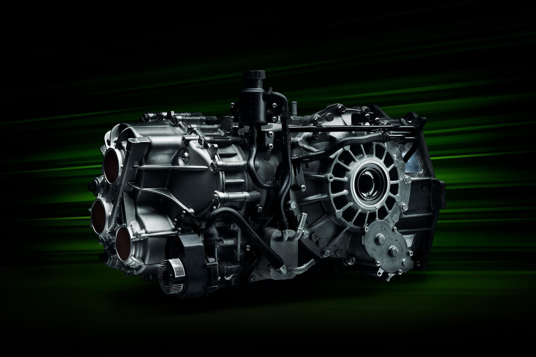 McLaren Artura gearbox