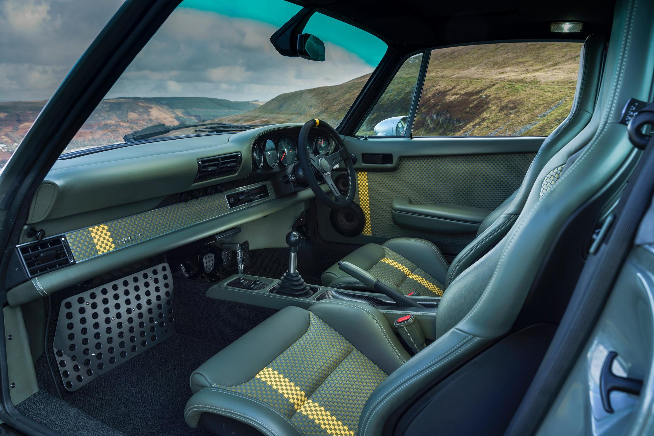 Porsche 964 custom interior