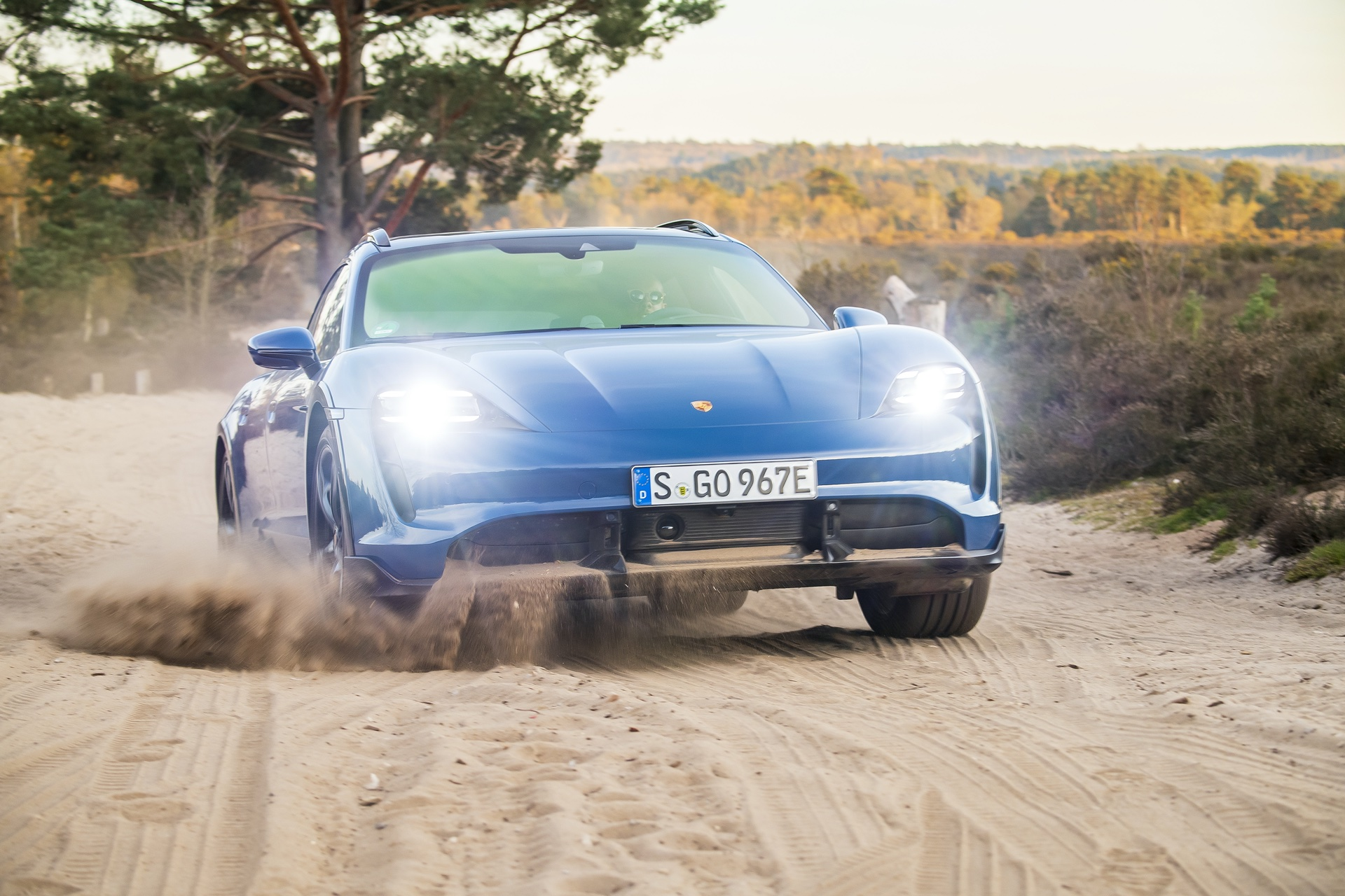 First Impression: 2021 Porsche Taycan Turbo S Cross Turismo