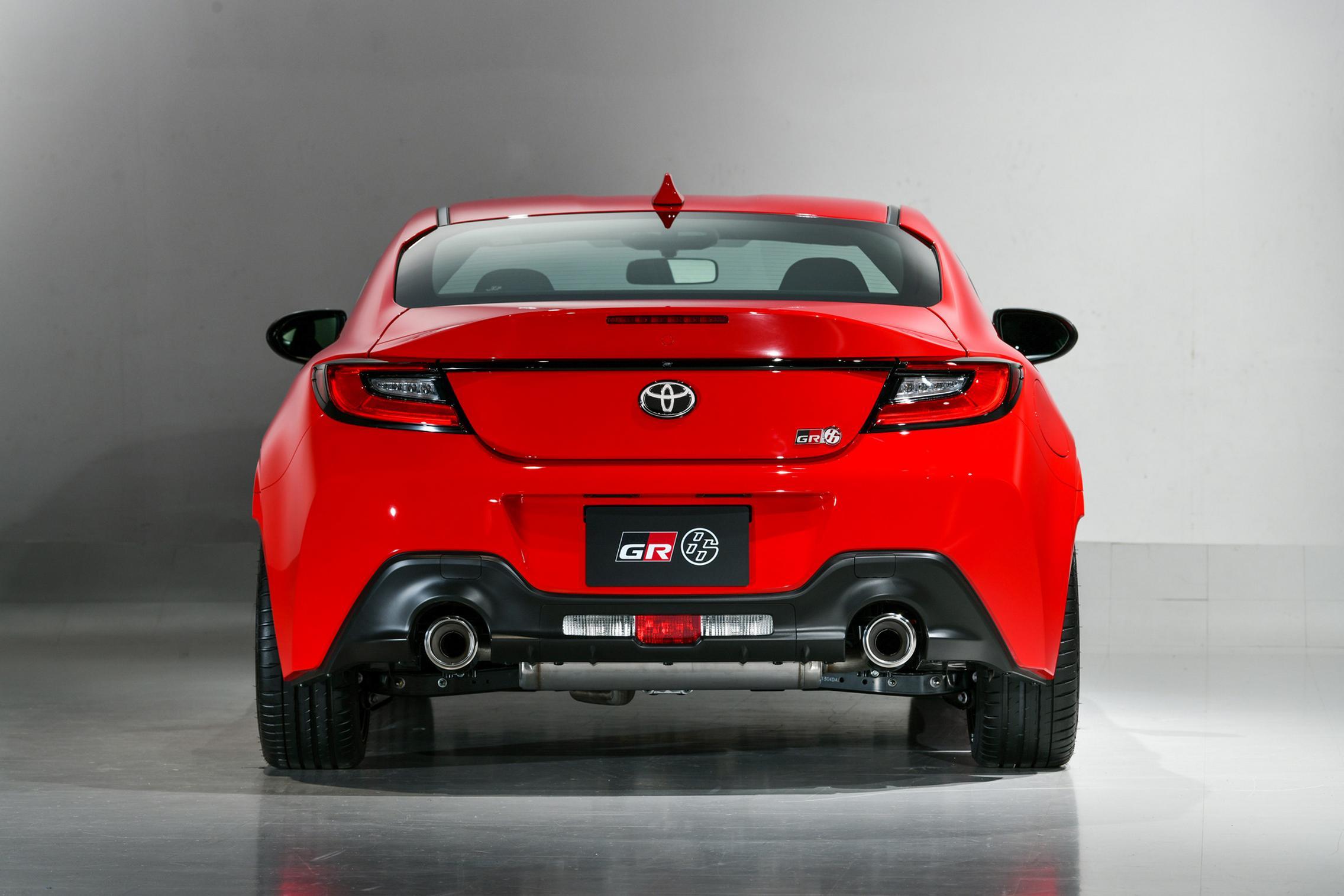 Toyota GR 86 exhaust