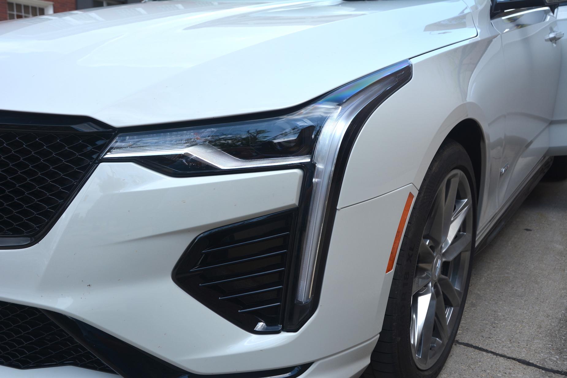 2021 Cadillac CT4-V headlights