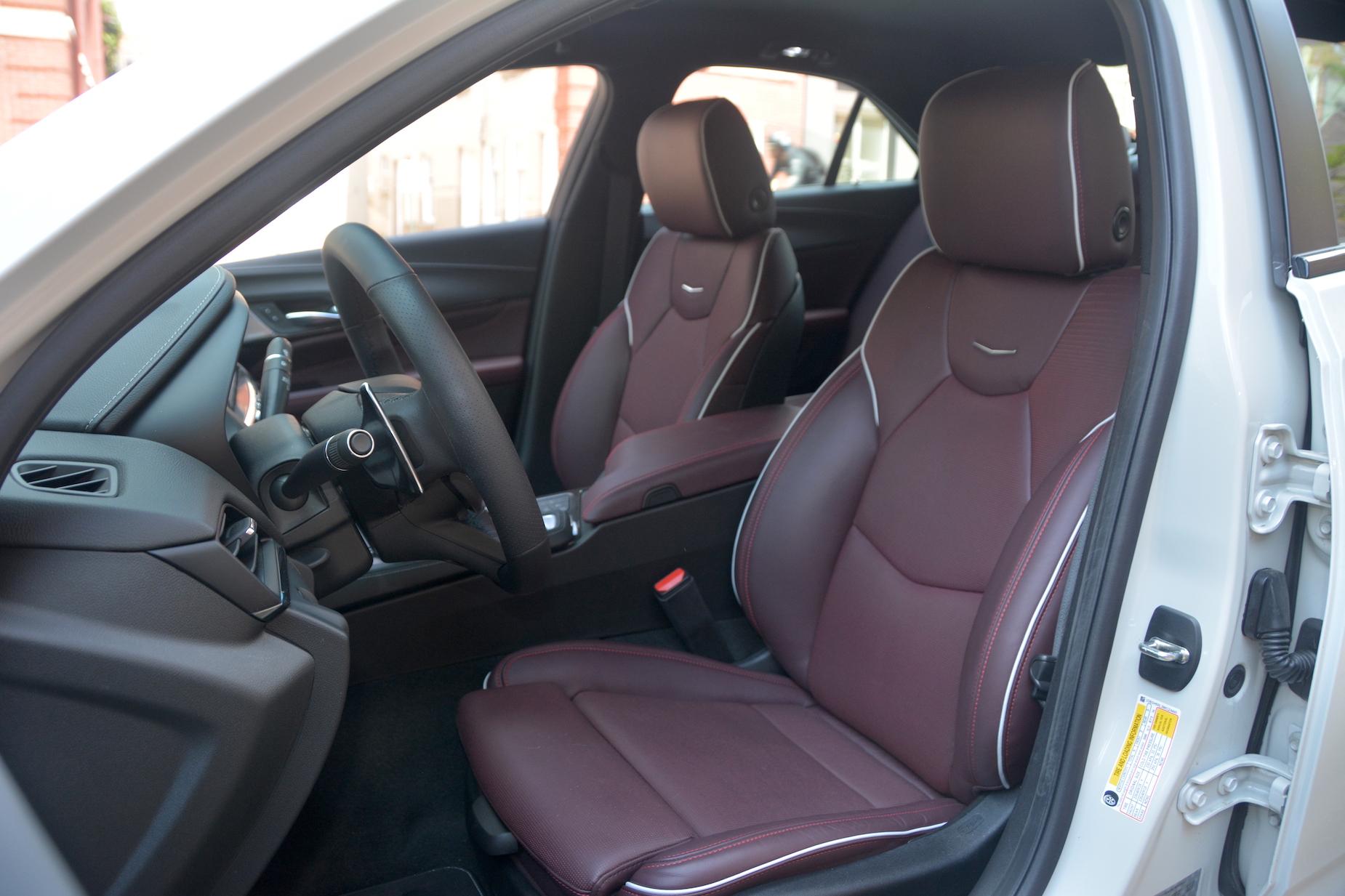 2021 Cadillac CT4-V seats