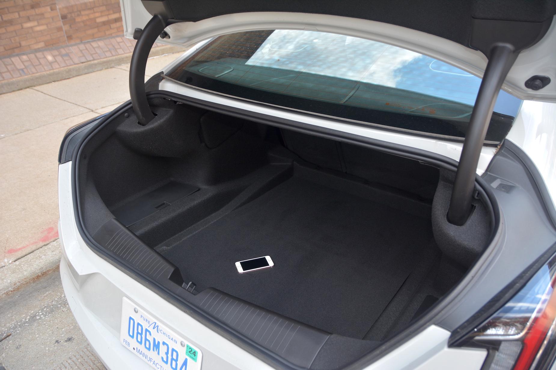 2021 Cadillac CT4-V trunk
