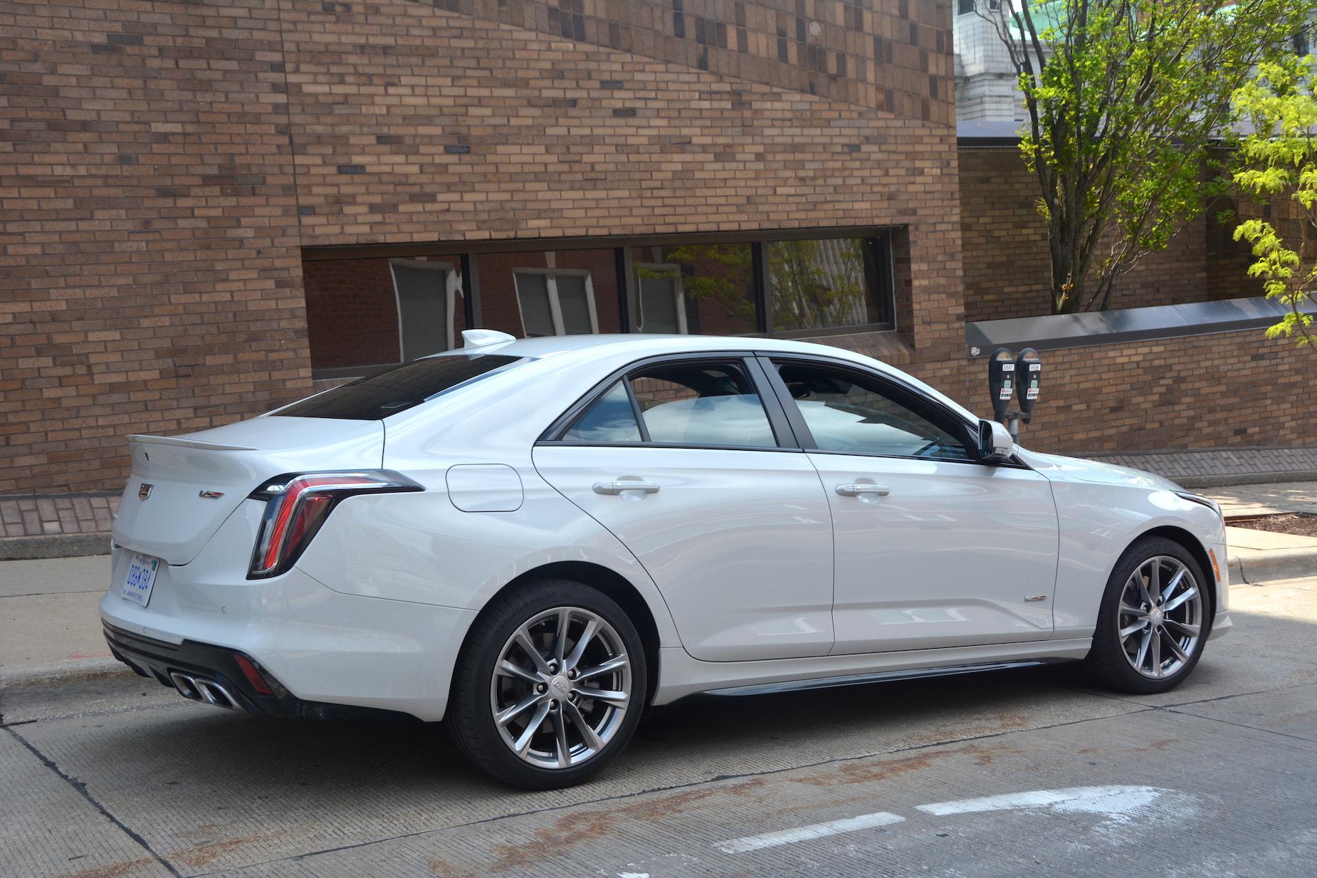 2021 Cadillac CT4-V wheels