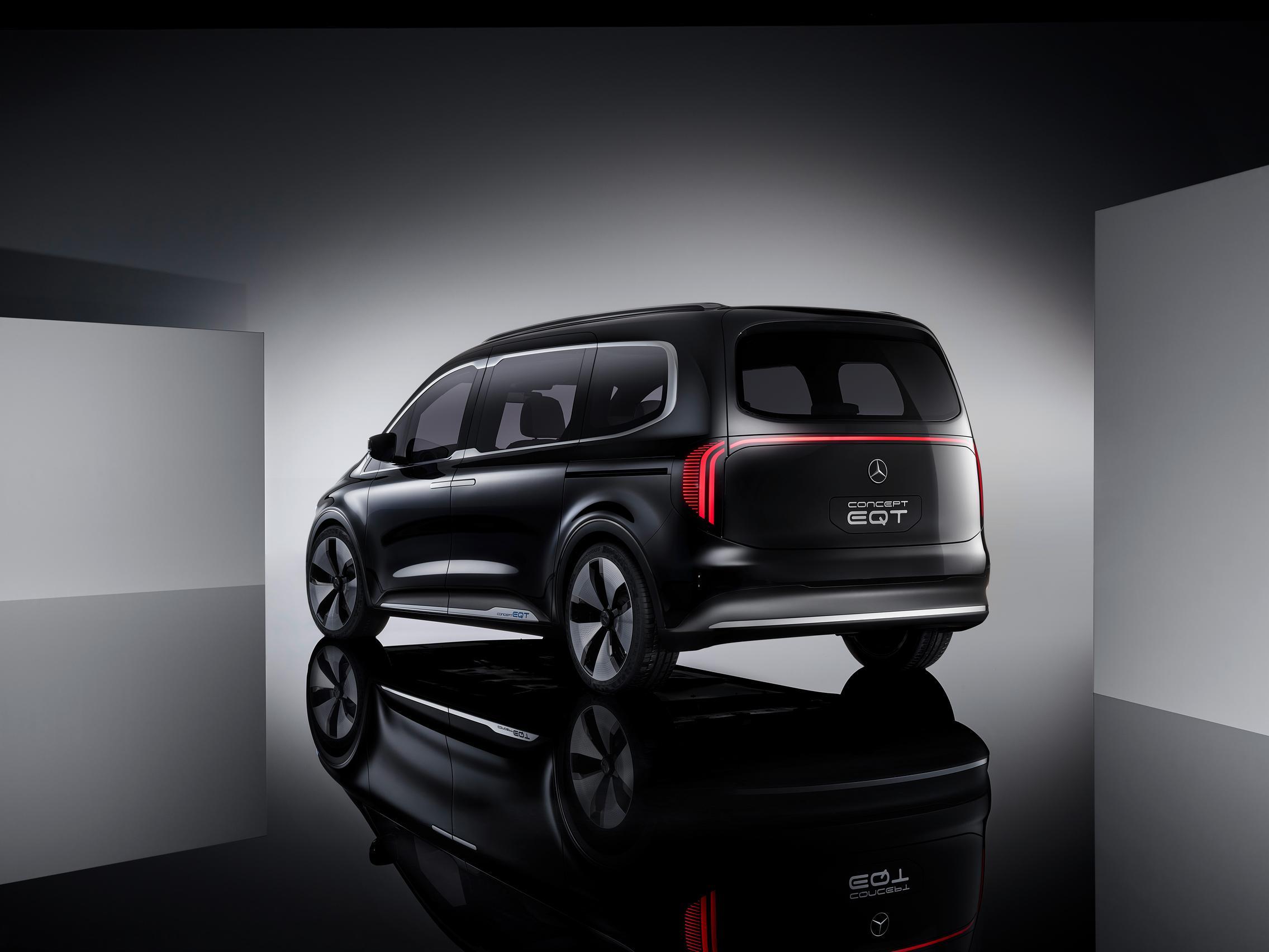 2022 Mercedes-Benz EQT rear