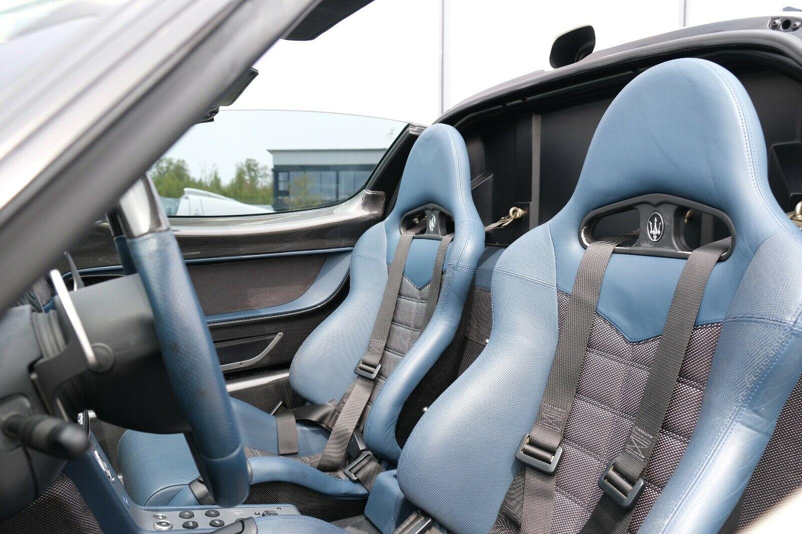 Maserati MC12 seats