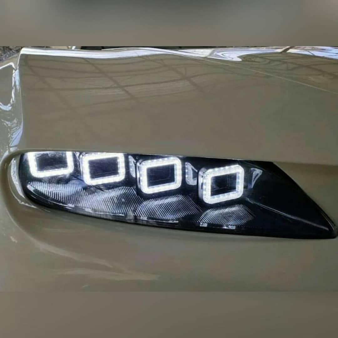 Bugatti Chiron Replica headlights