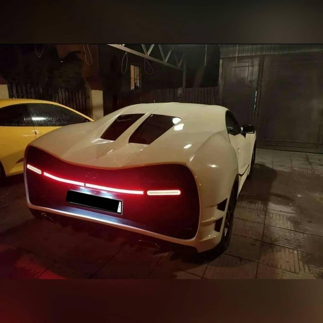 Bugatti Chiron Replica taillight