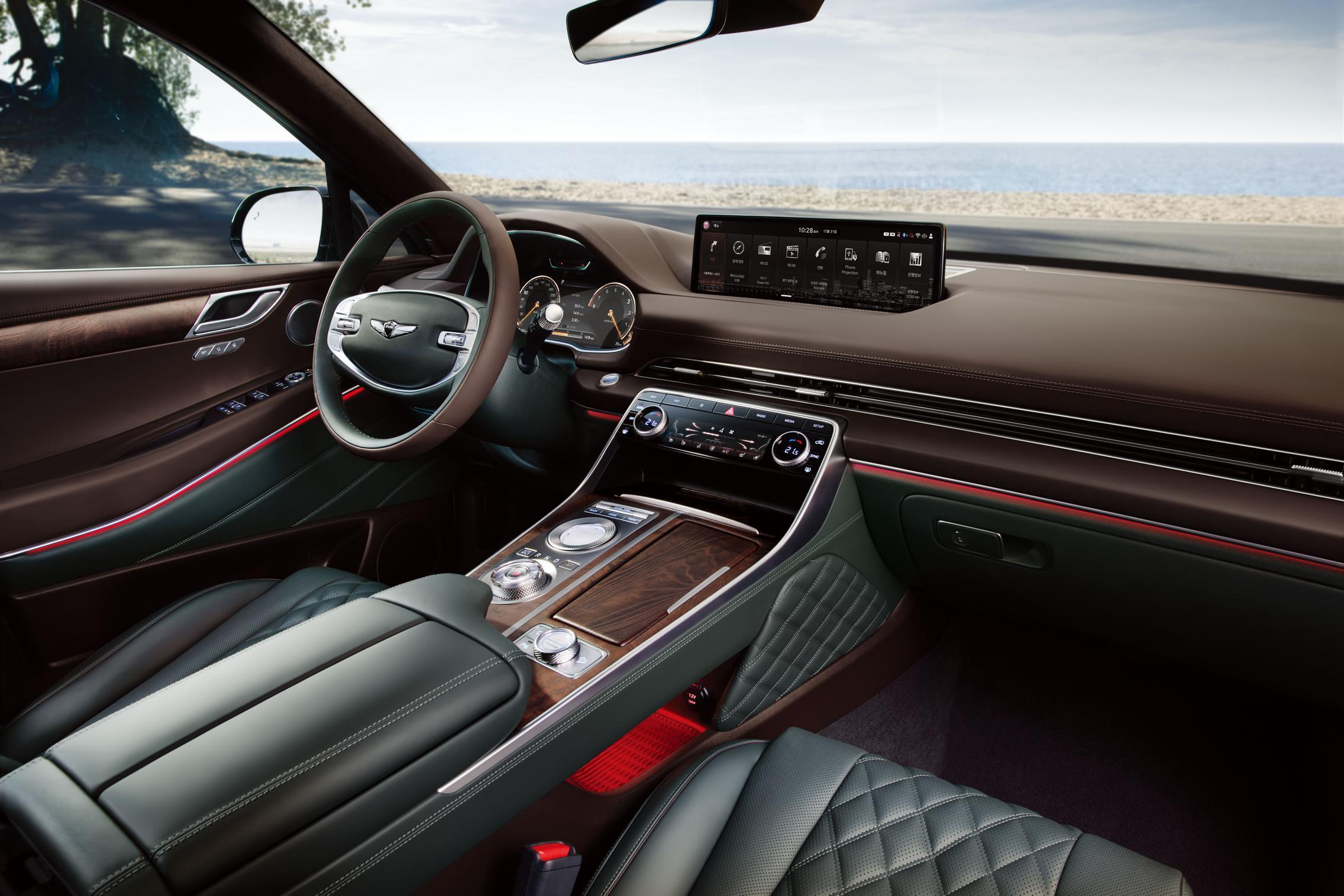 Genesis GV80 interior leather
