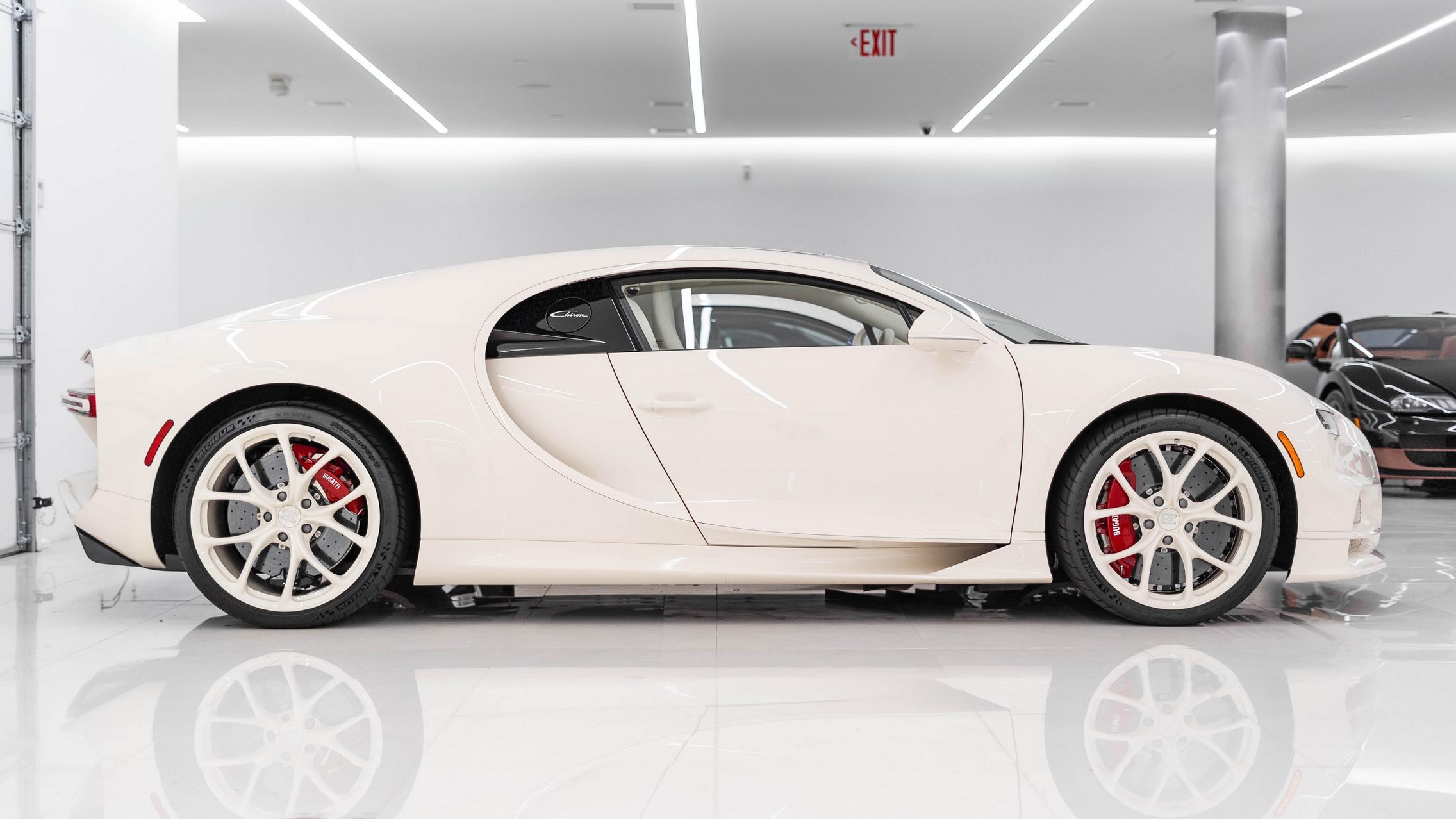 Hermes Bugatti Chiron side