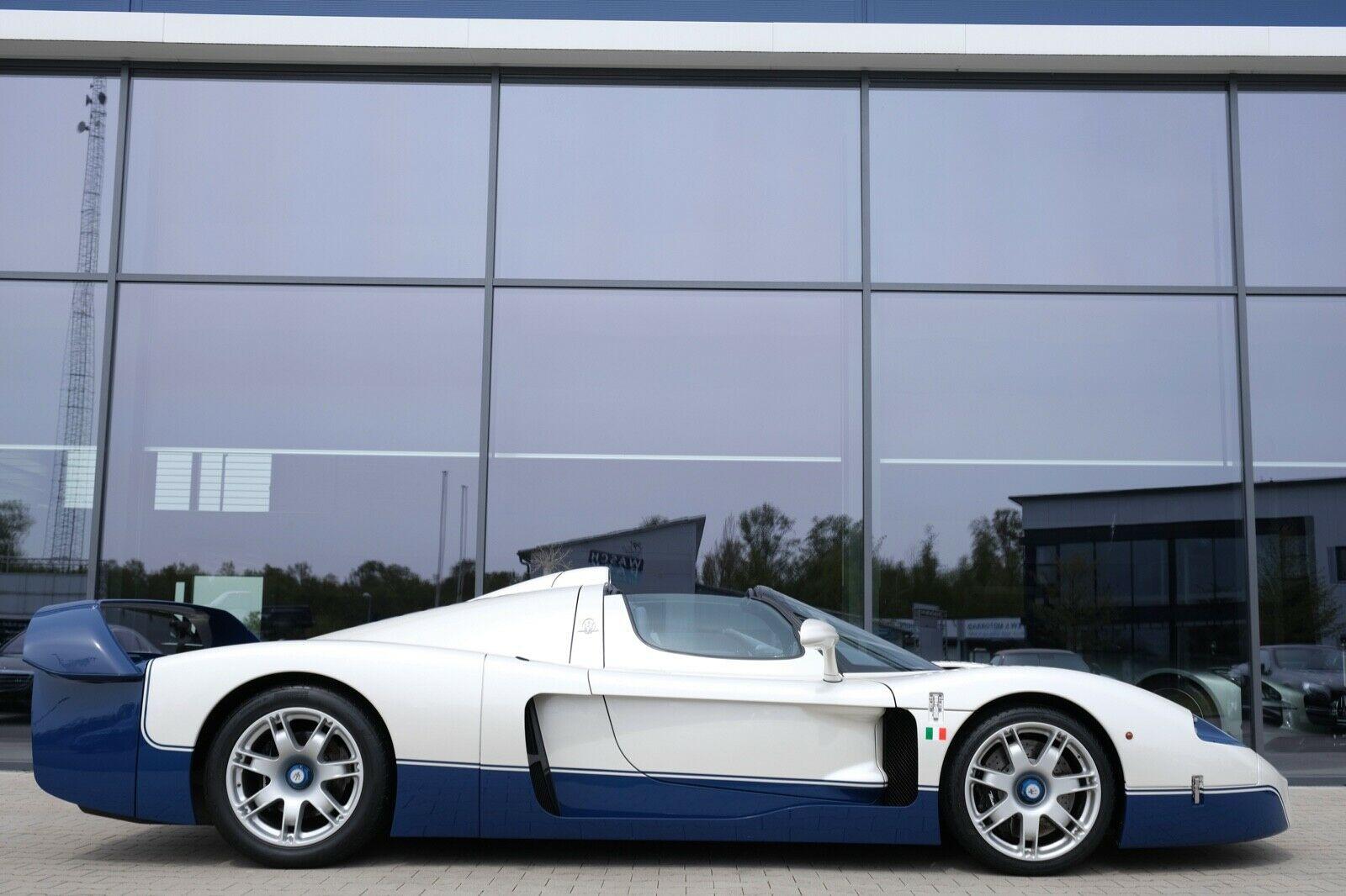 Maserati MC12 side