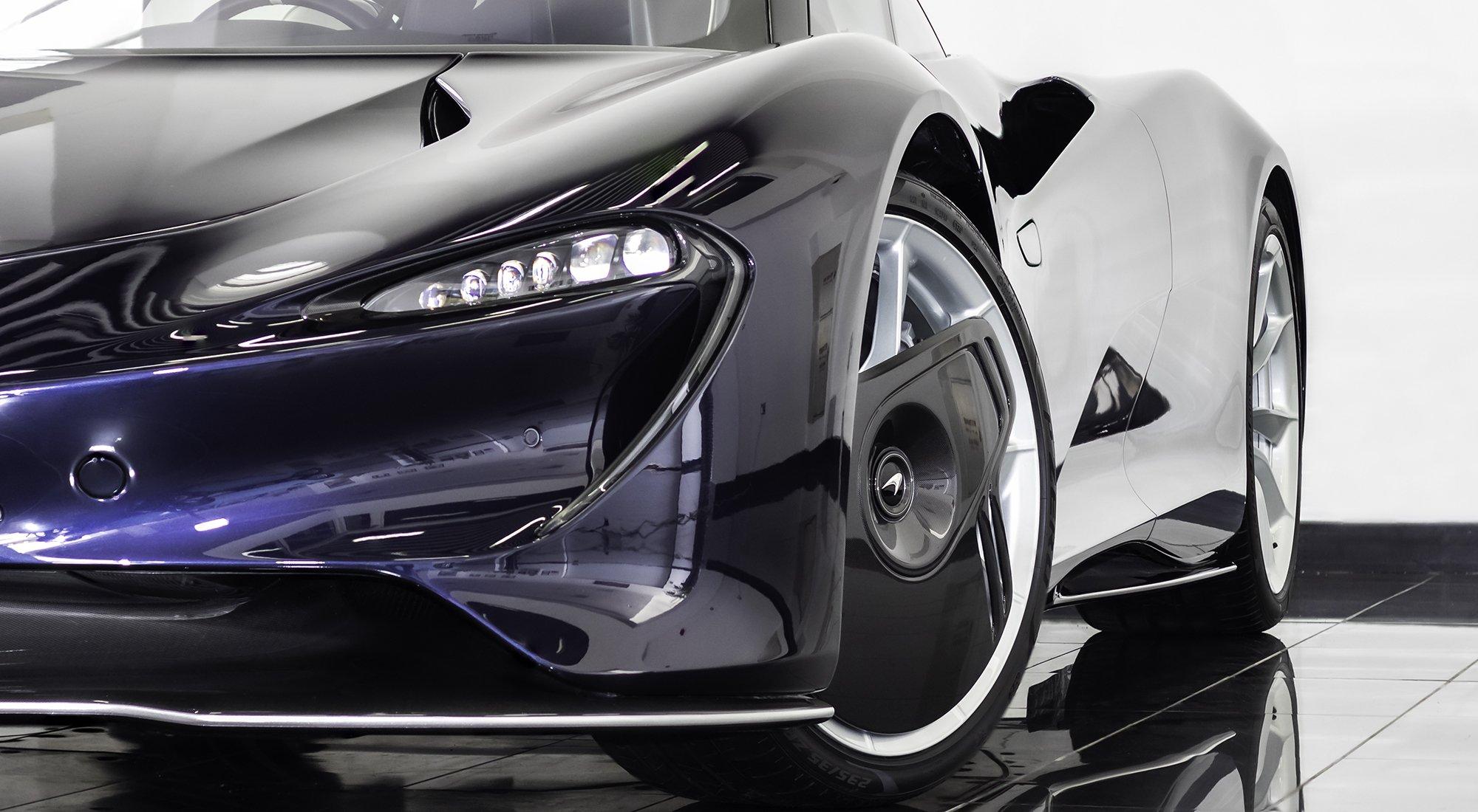McLaren Speedtail headlight