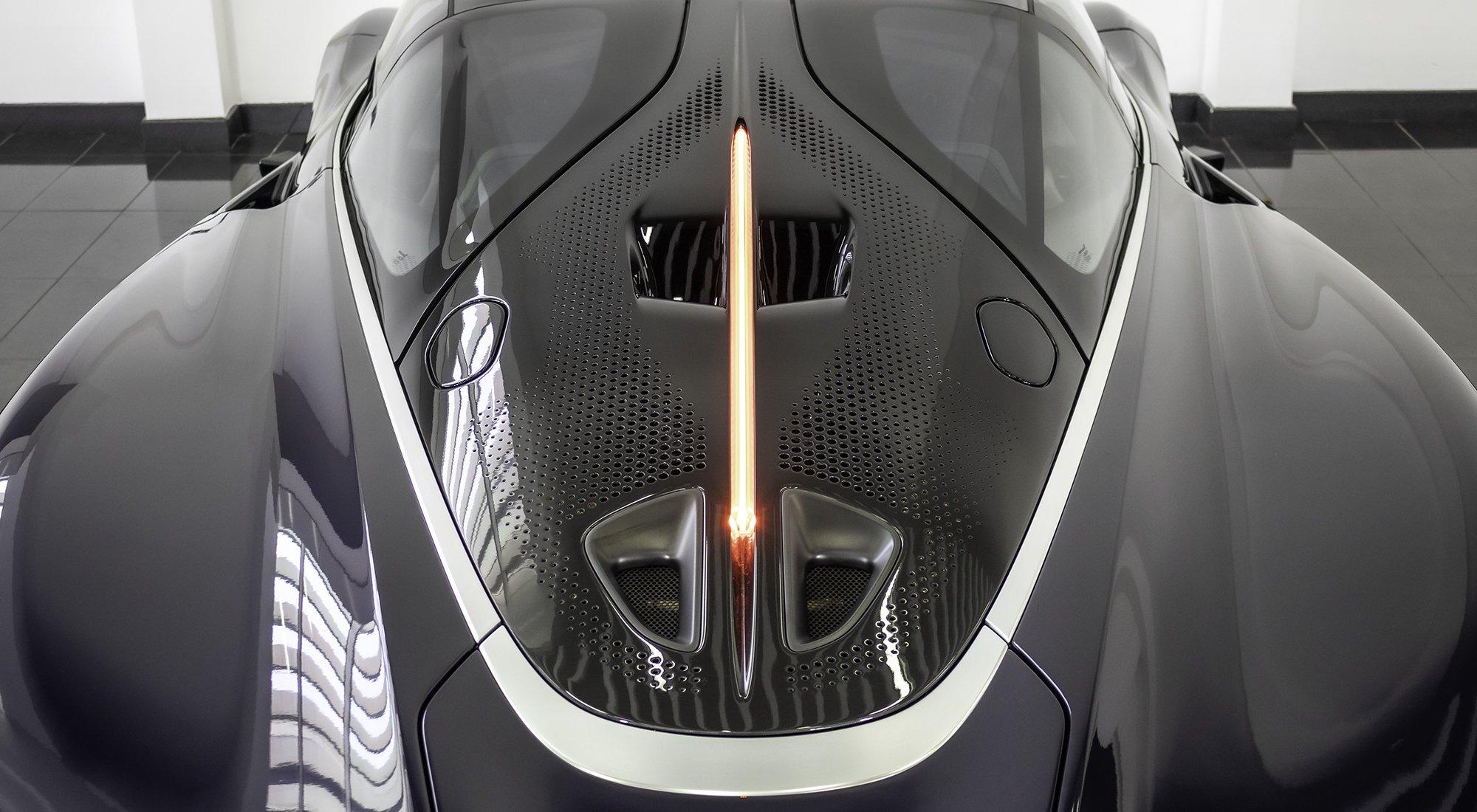 McLaren Speedtail roof