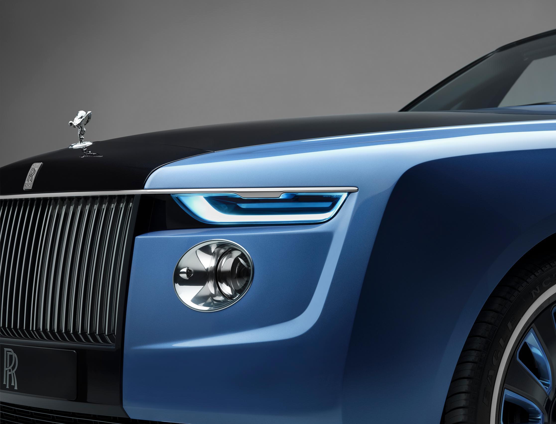 Rolls-Royce Boat Tail headlight