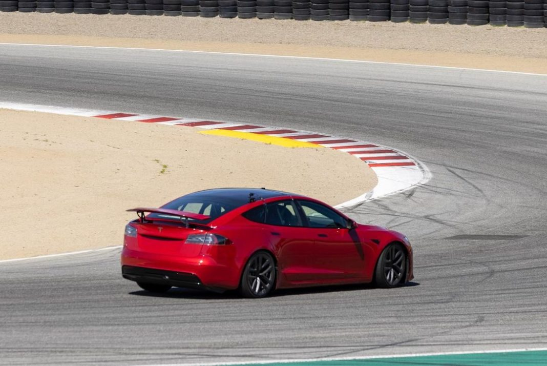 Tesla Model S Plaid 0-60