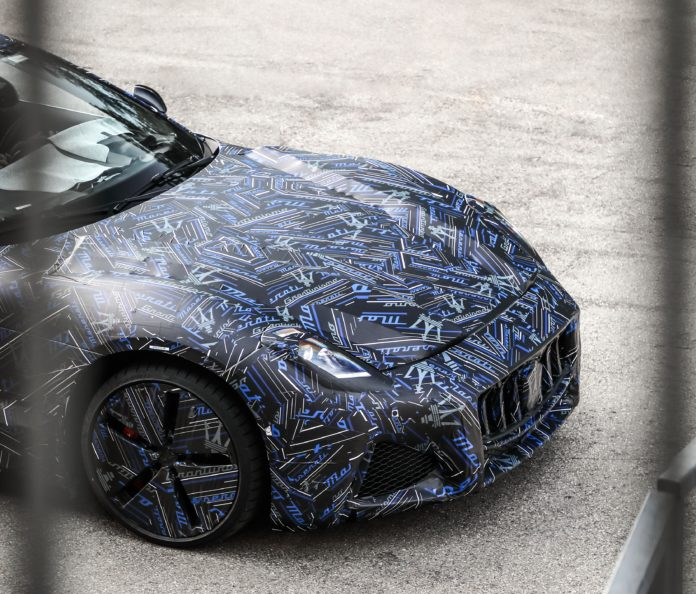 2022 Maserati GranTurismo front