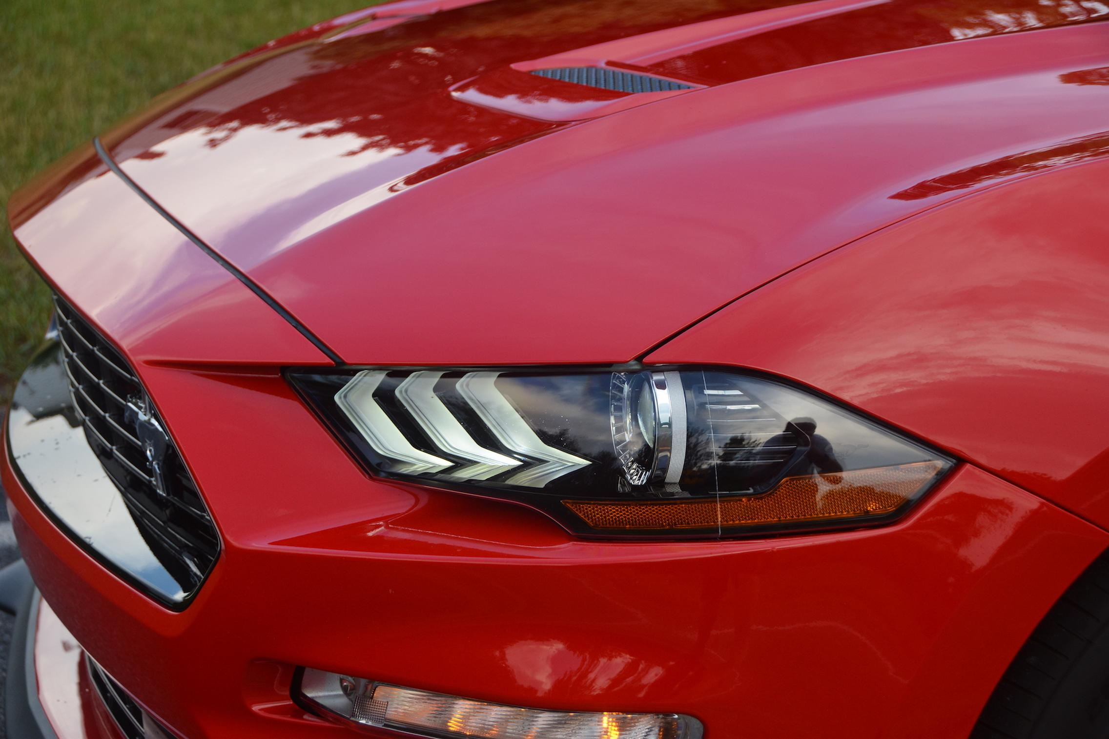 2021 Ford Mustang EcoBoost headlight