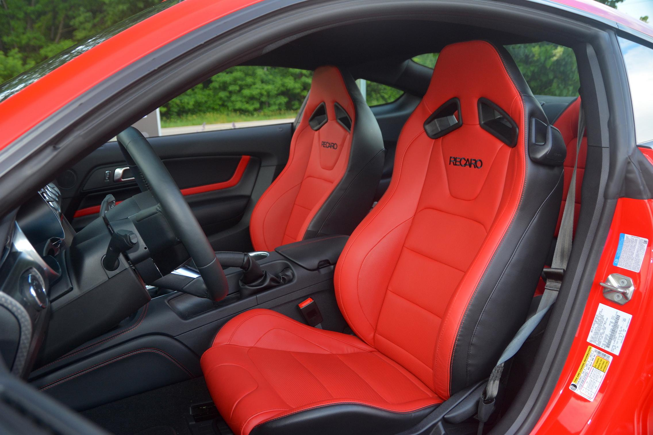 2021 Ford Mustang EcoBoost seats