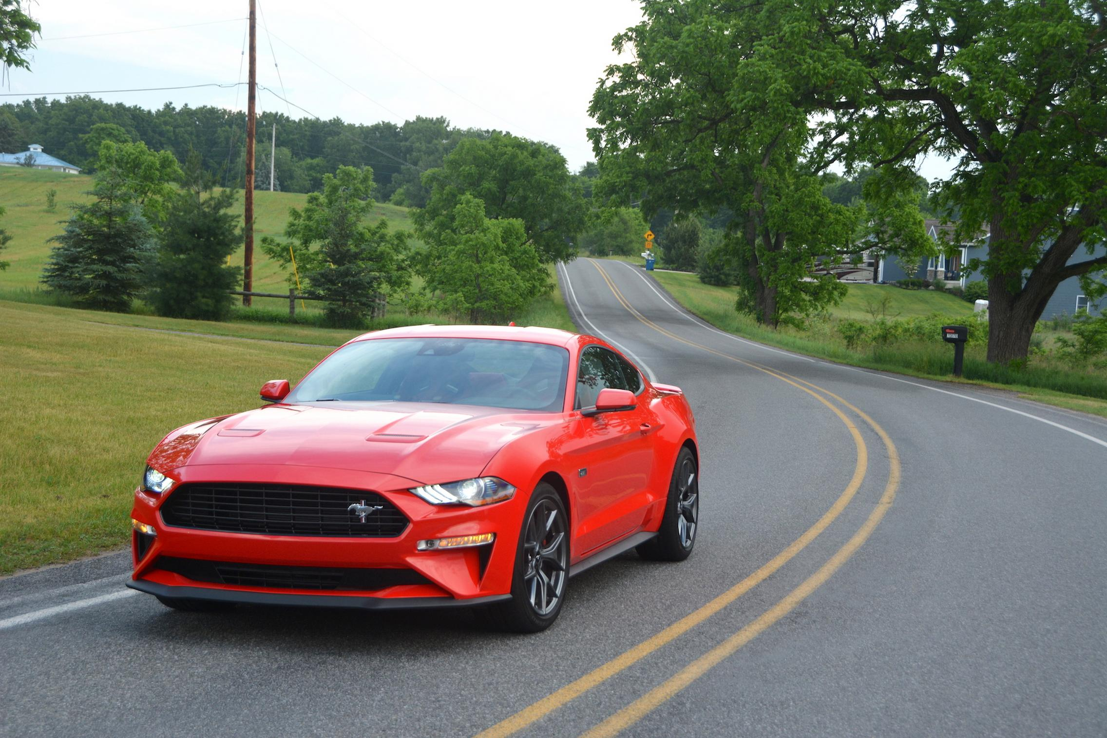 2021 Ford Mustang EcoBoost specs