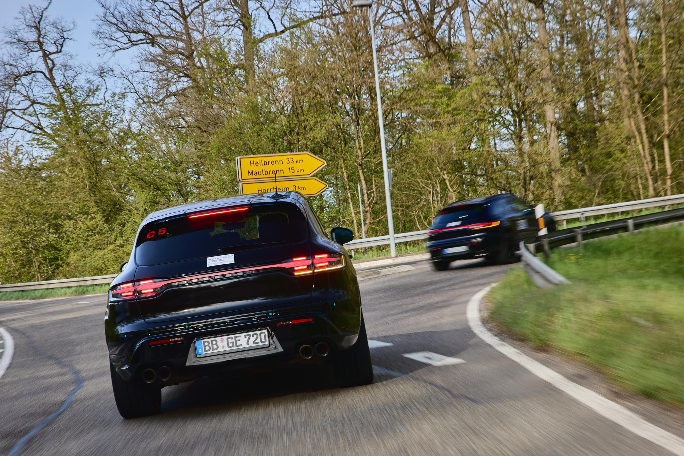 Porsche Macan Facelift testing