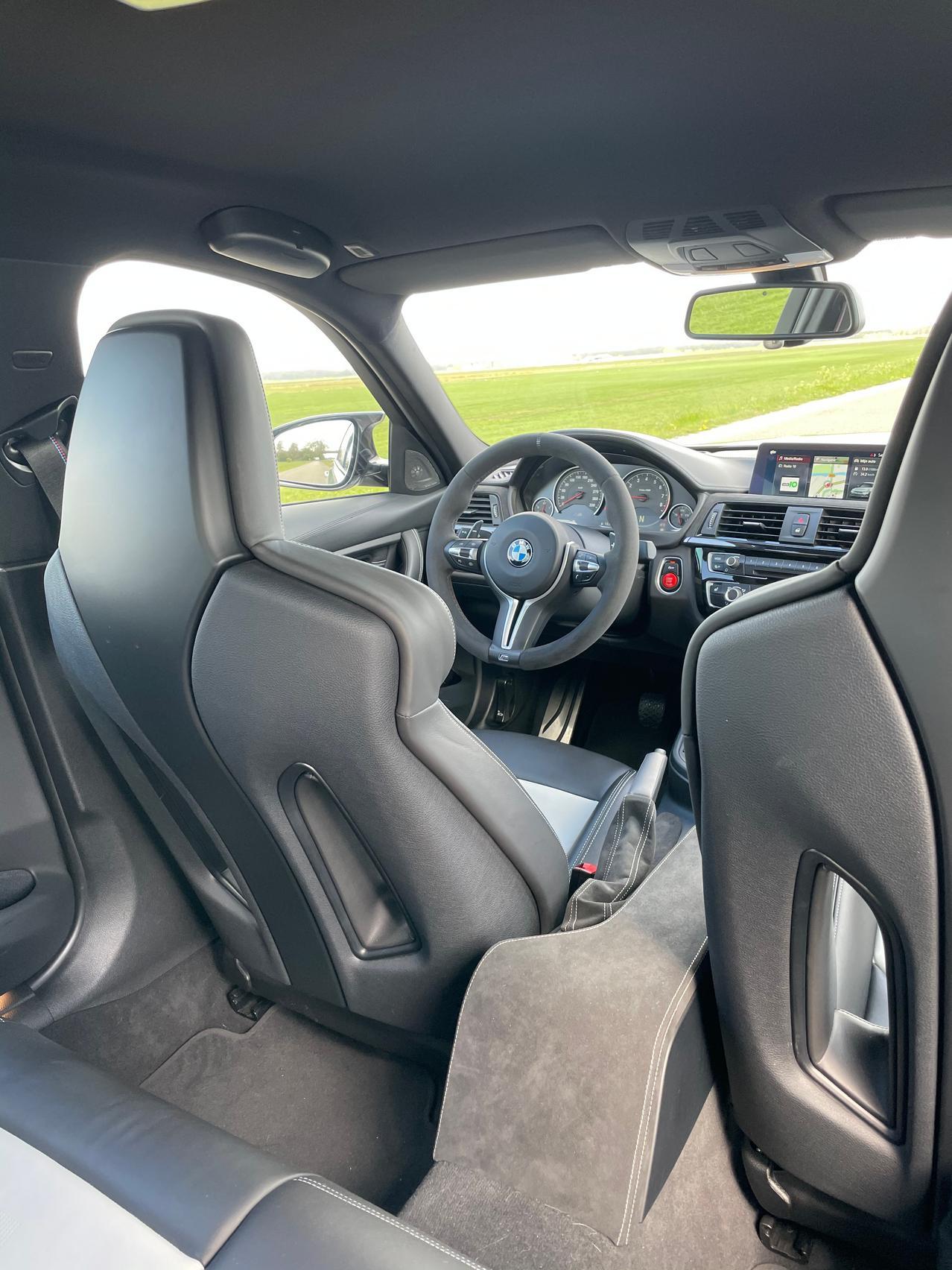 BMW M seats