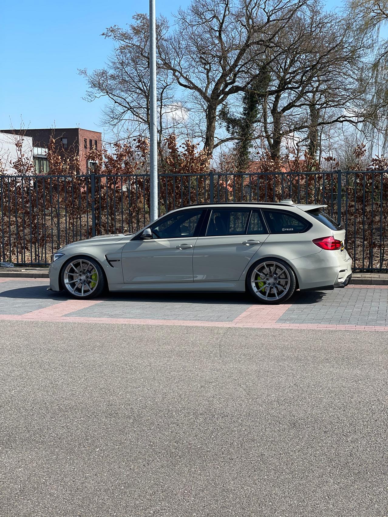 BMW M3 CS Wagon side