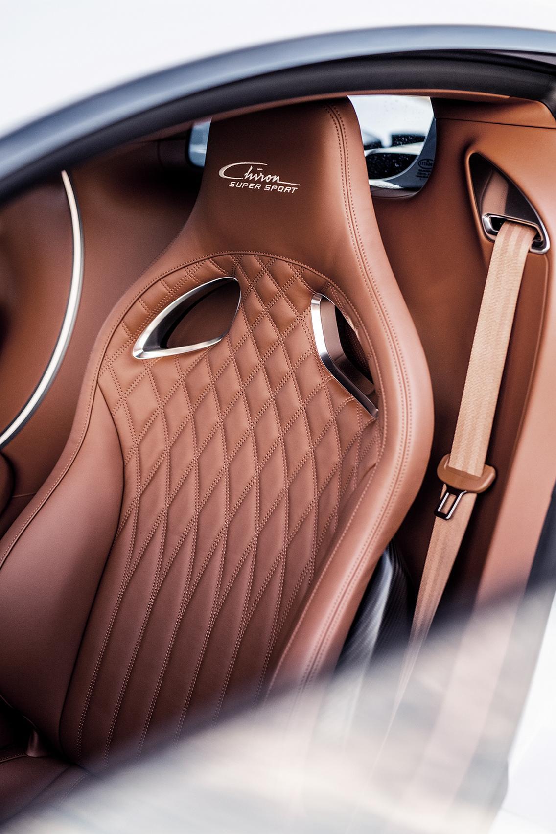 Bugatti Chiron Super Sport seats