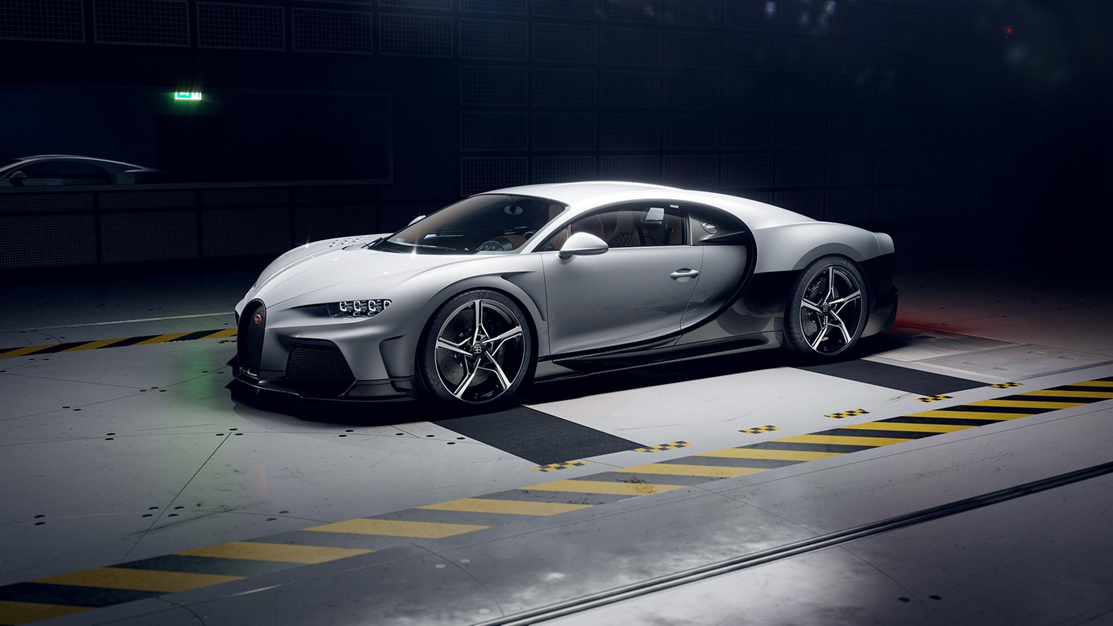 Bugatti Chiron Super Sport side
