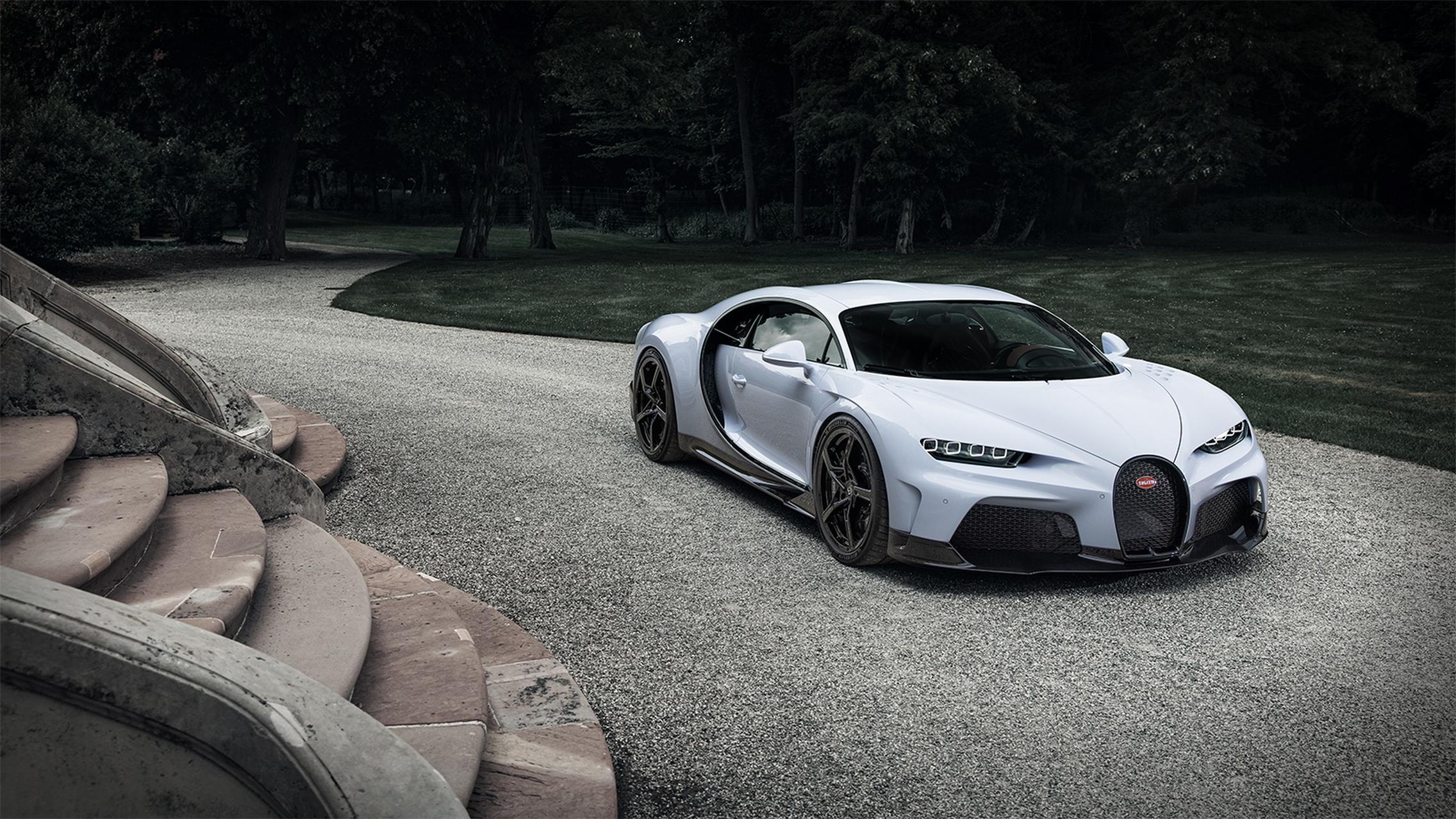 Bugatti Chiron Super Sport white