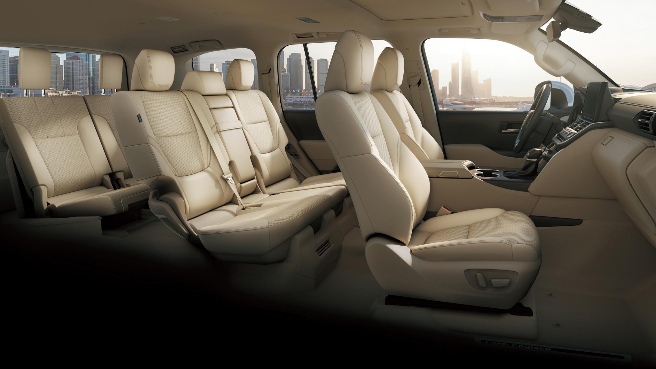 Land Cruiser 300 seats