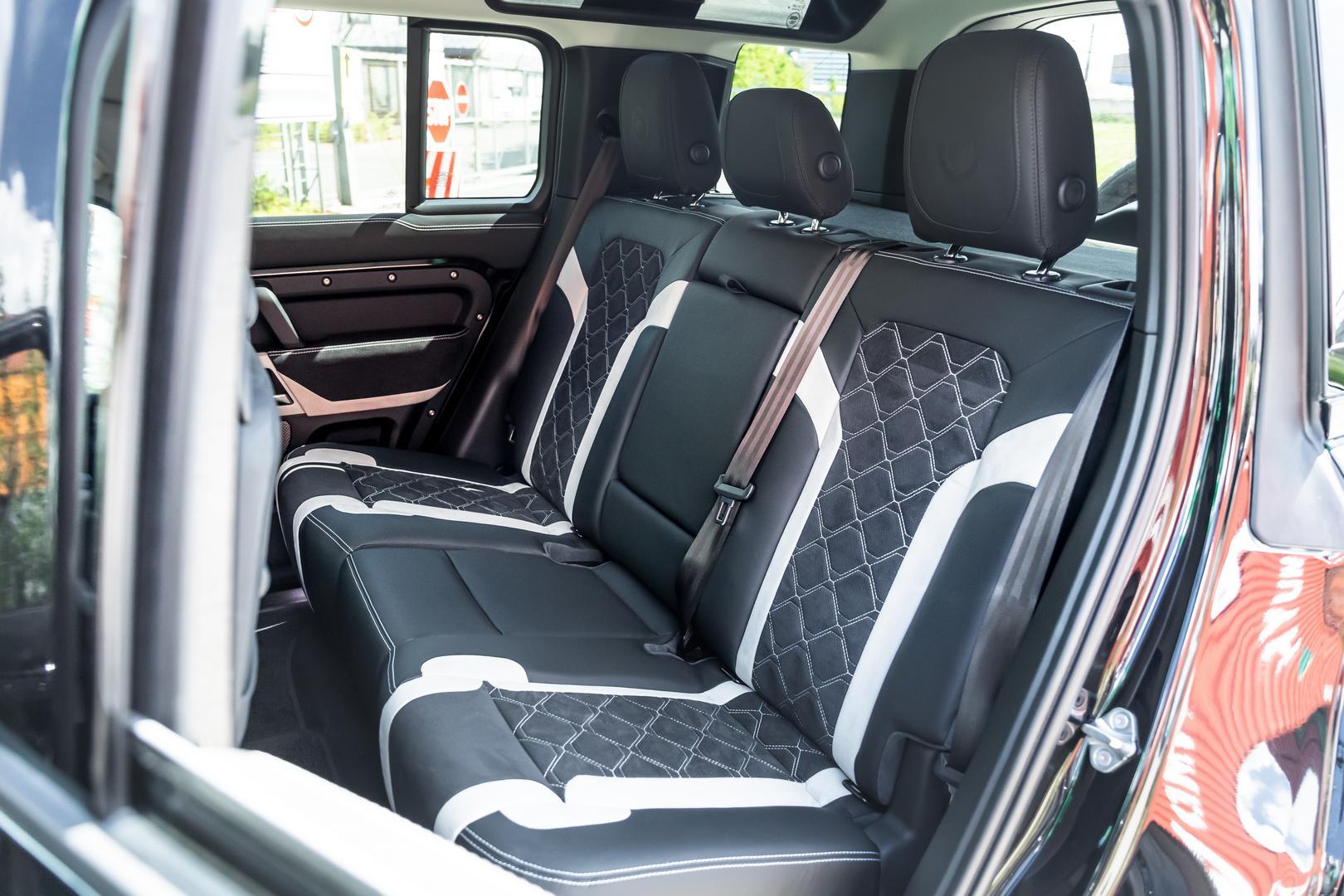 Manhart Defender rear seats