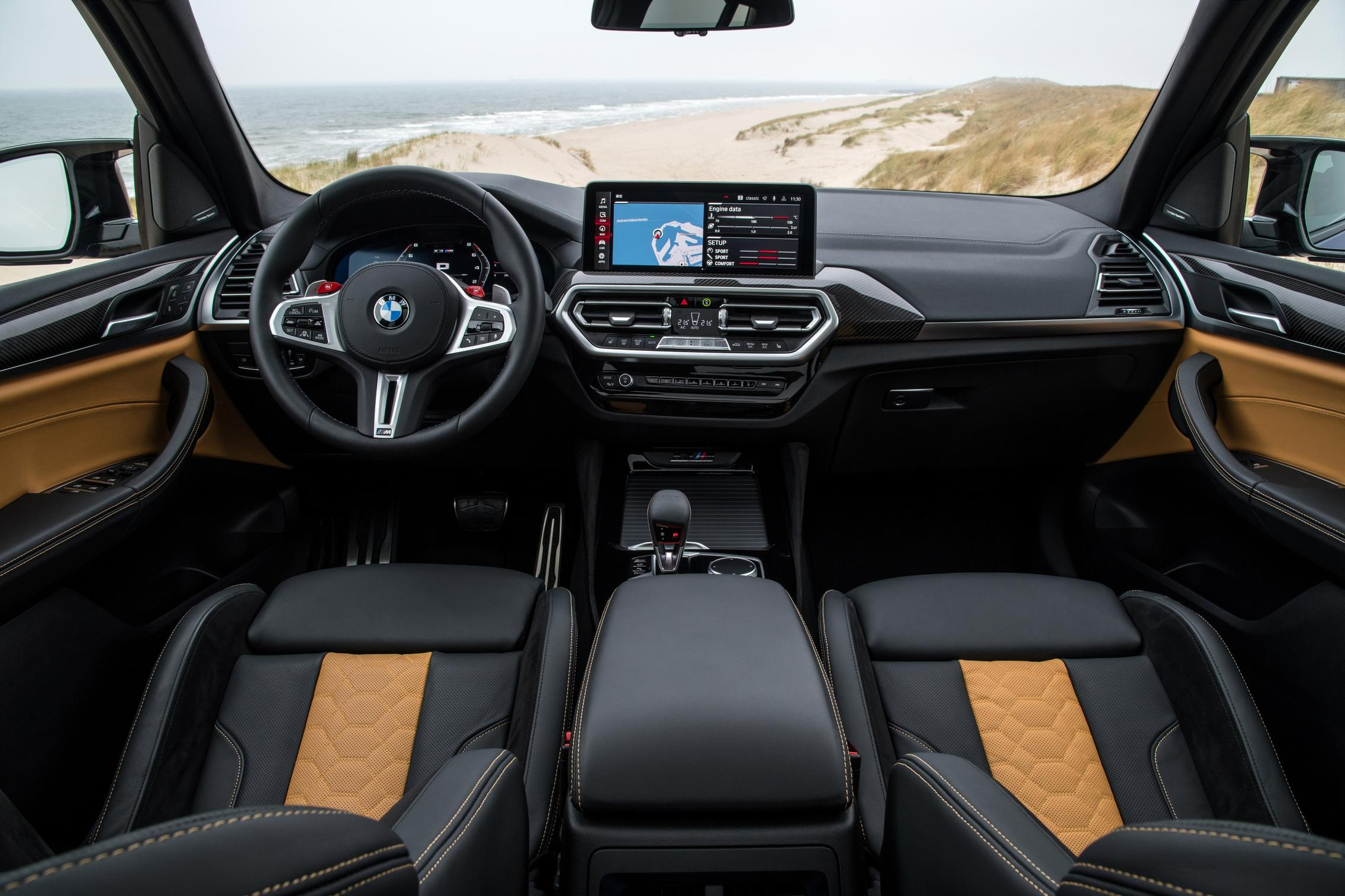 BMW X3 M Competition cabin