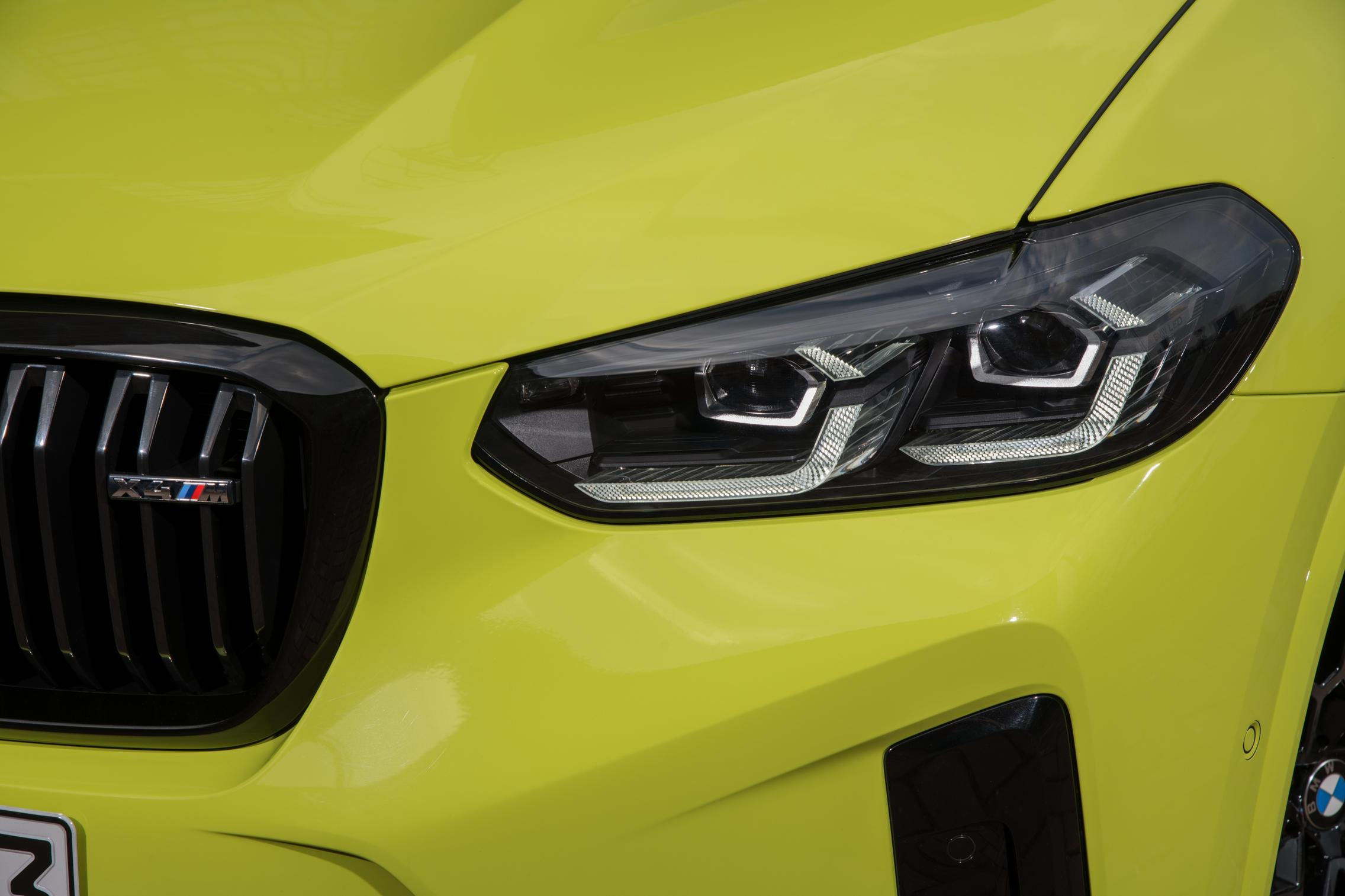 X4 M Competition headlight facelift