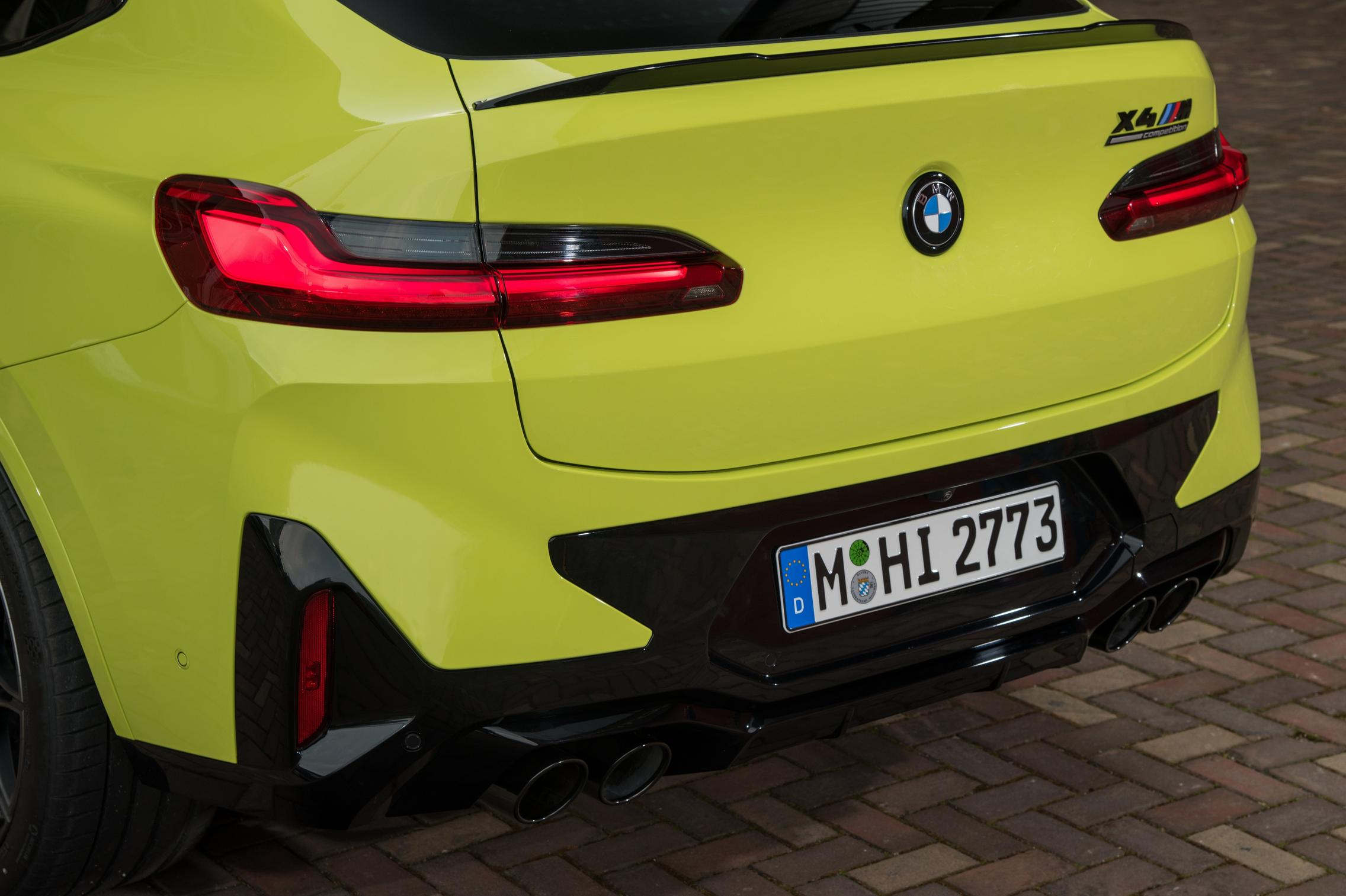 X4 M Competition taillight facelift