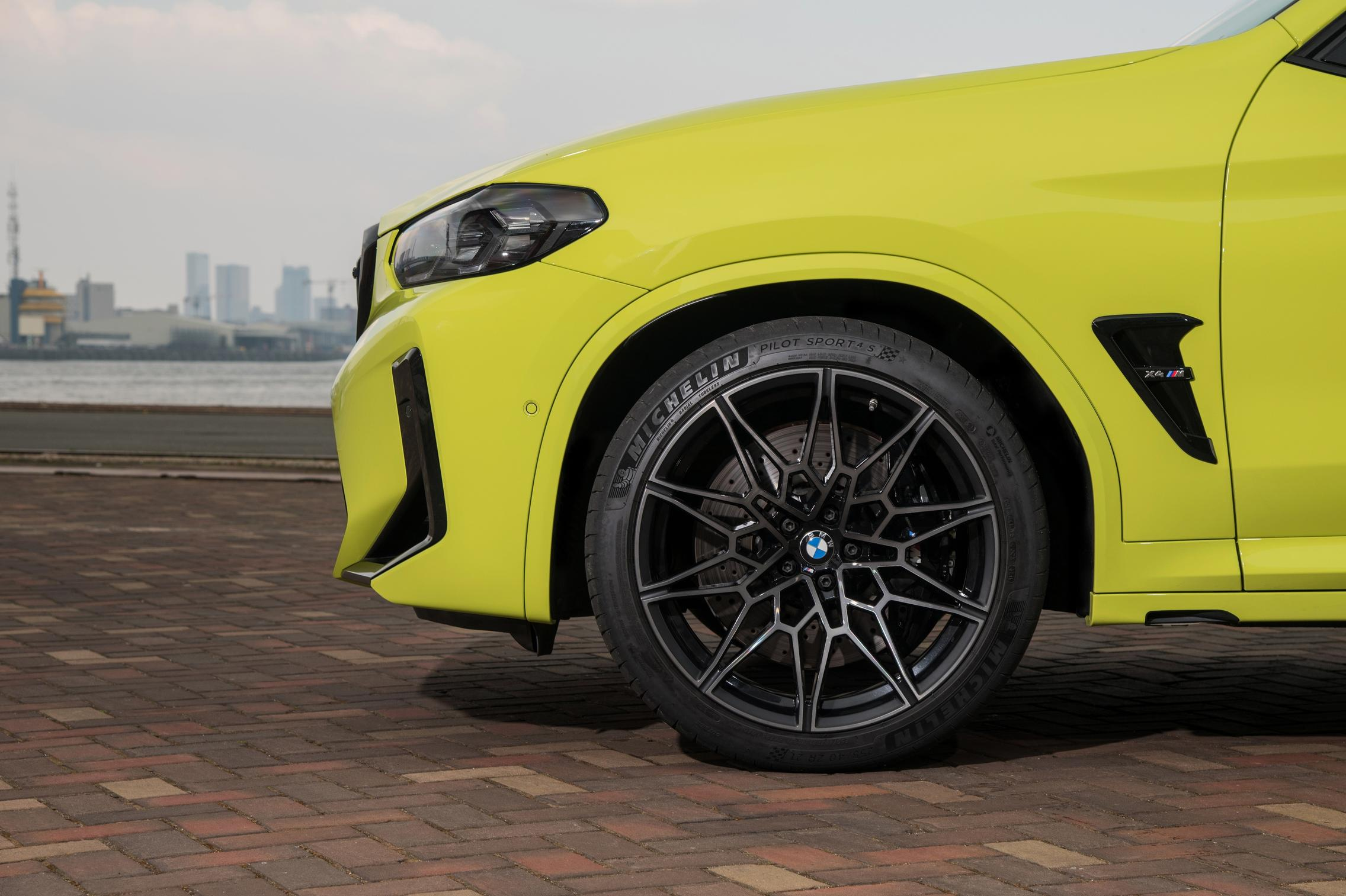 X4 M Competition wheels