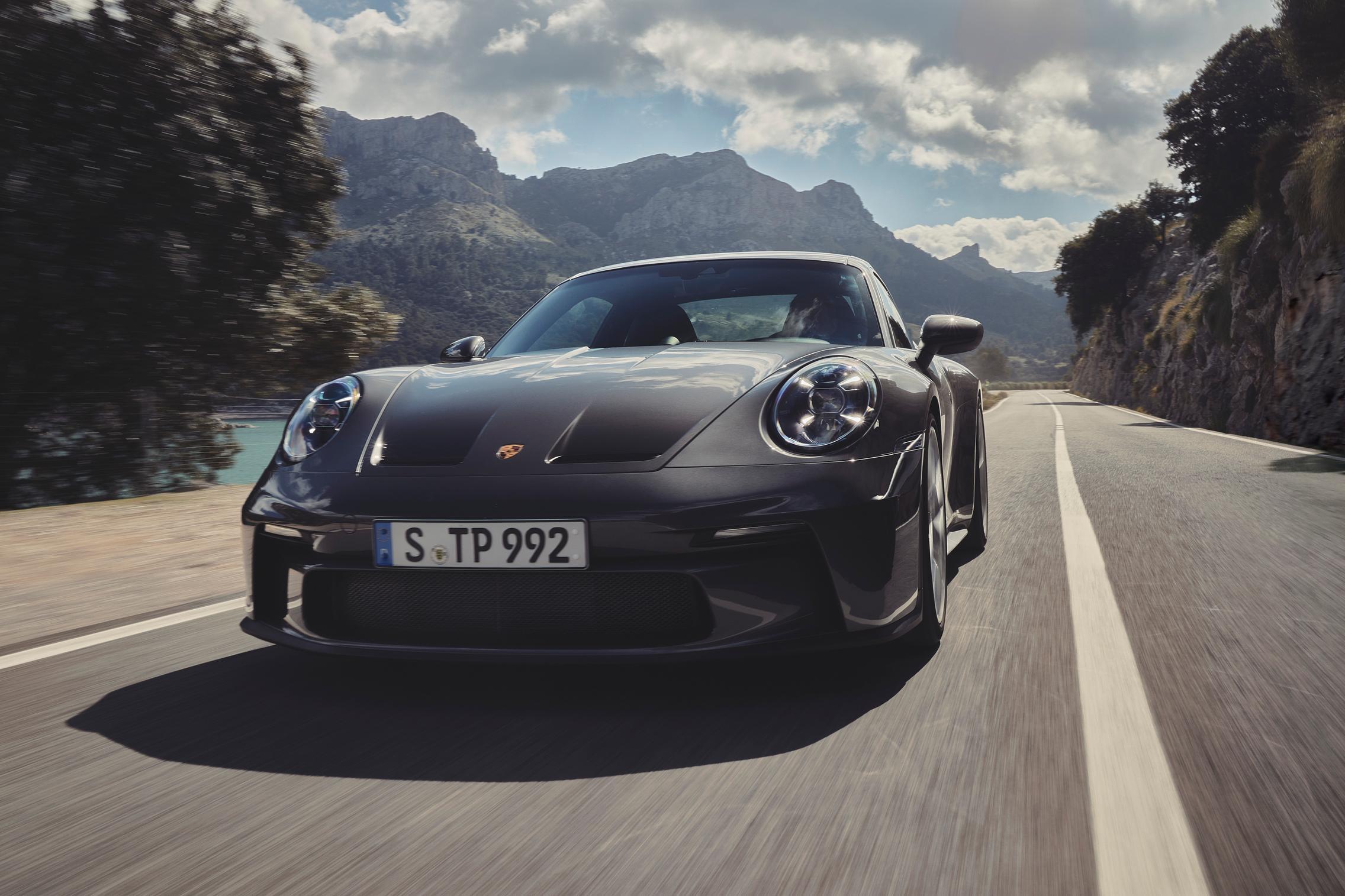 Porsche 992 GT3 Touring price
