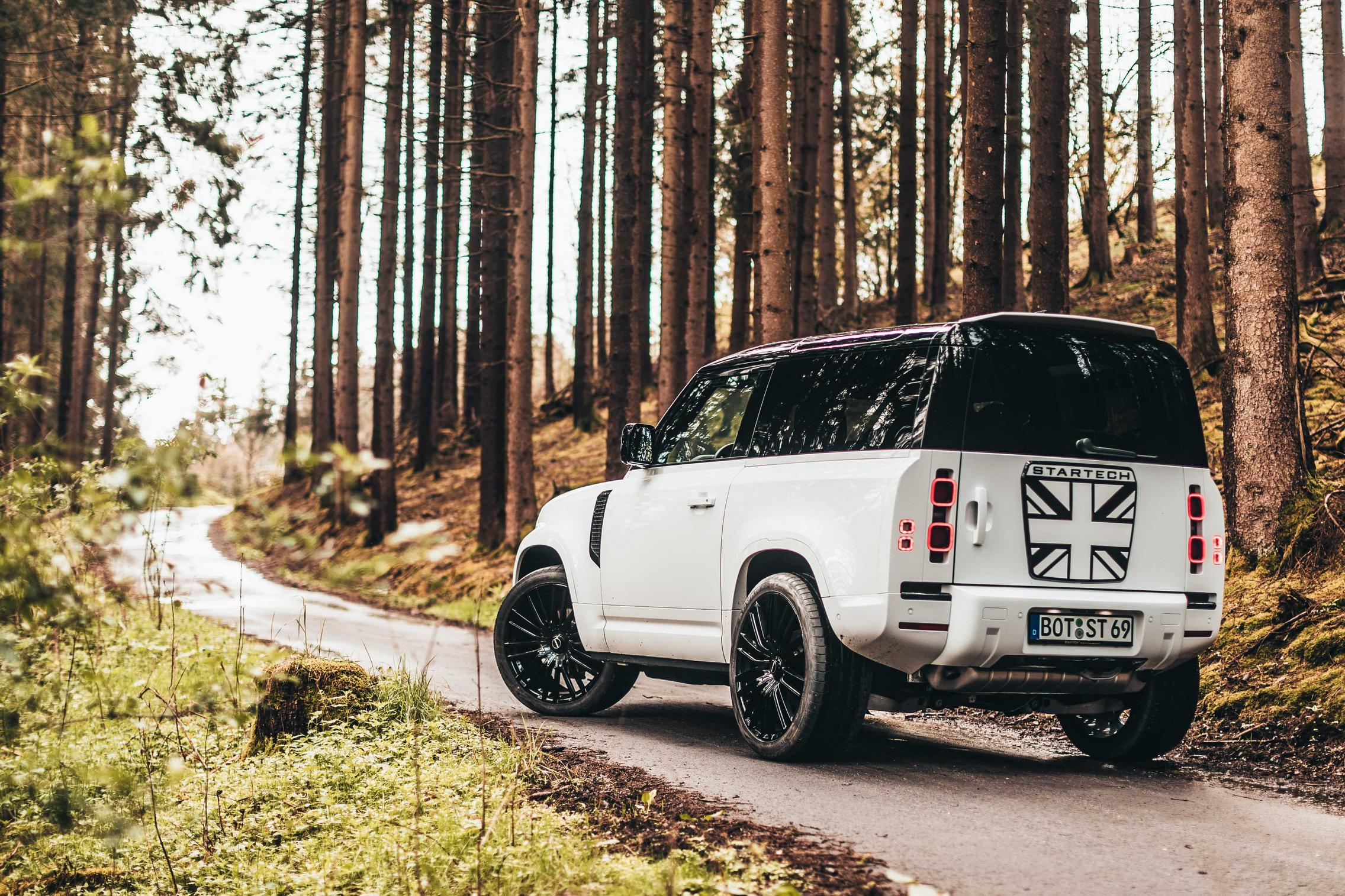 Startech Land Rover Defender