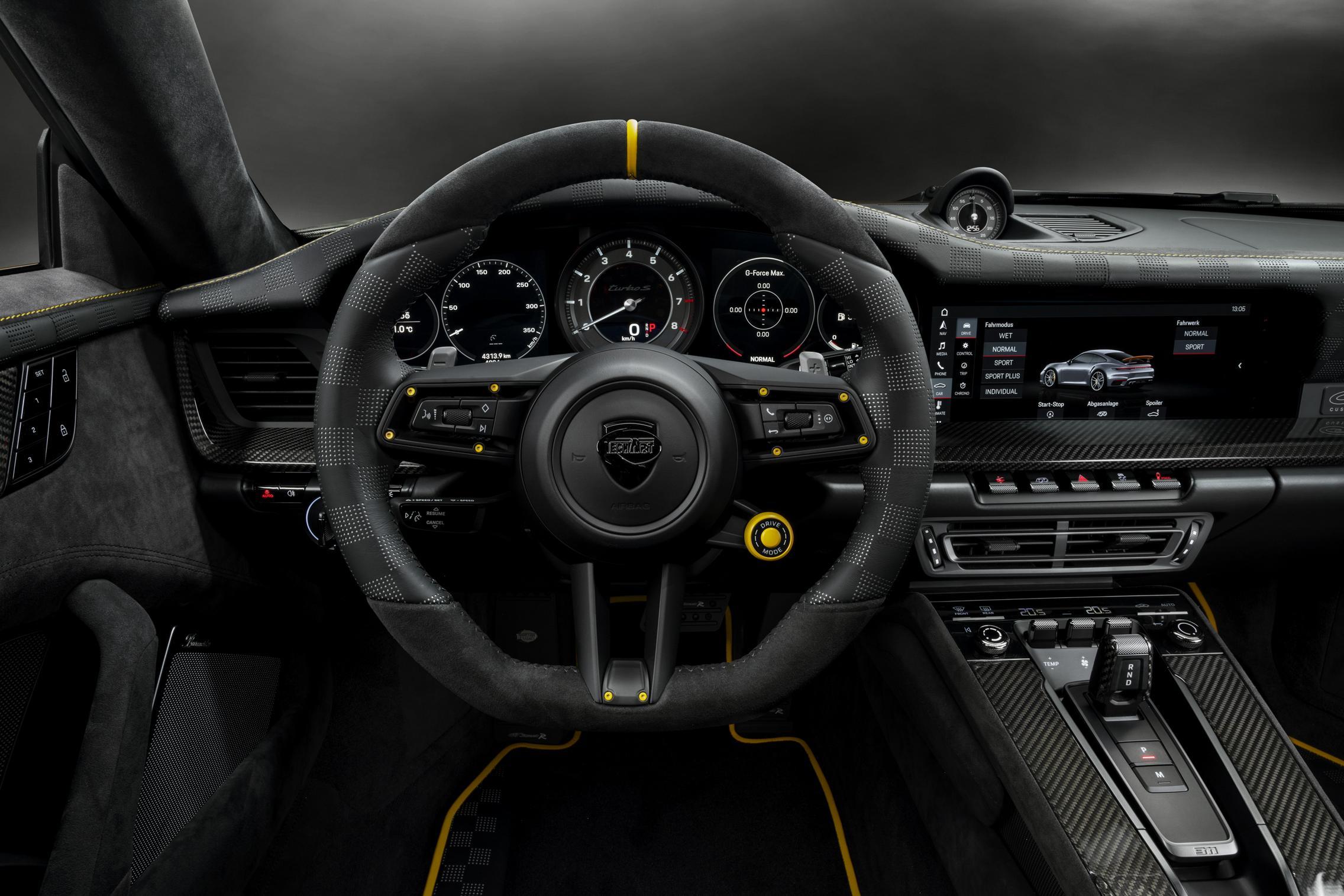 Techart GTstreet R steering wheel