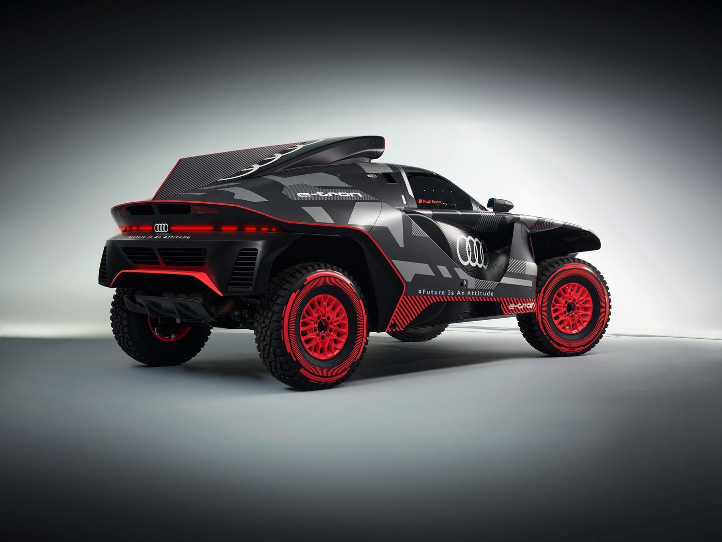 2022 Audi RS Q e-tron specs