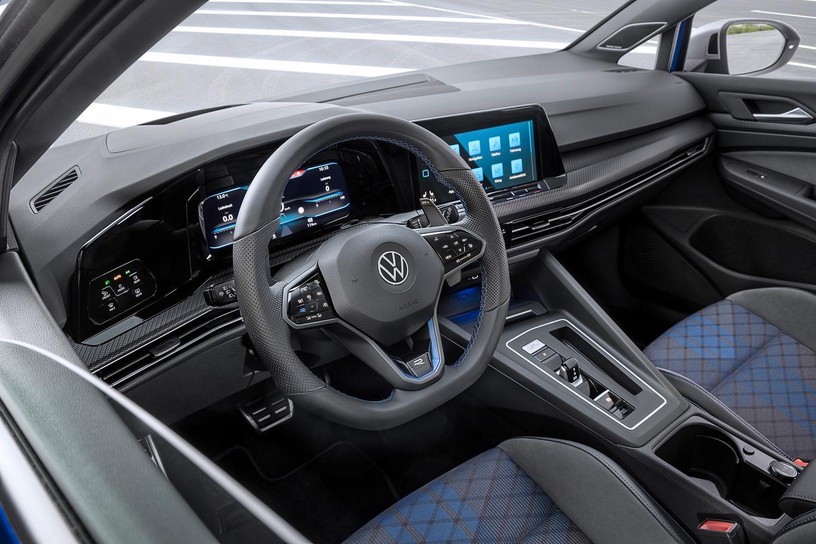VW Golf 8 R Estate steering wheel