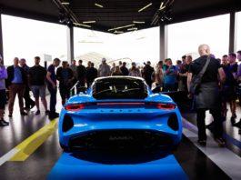Lotus Emira blue