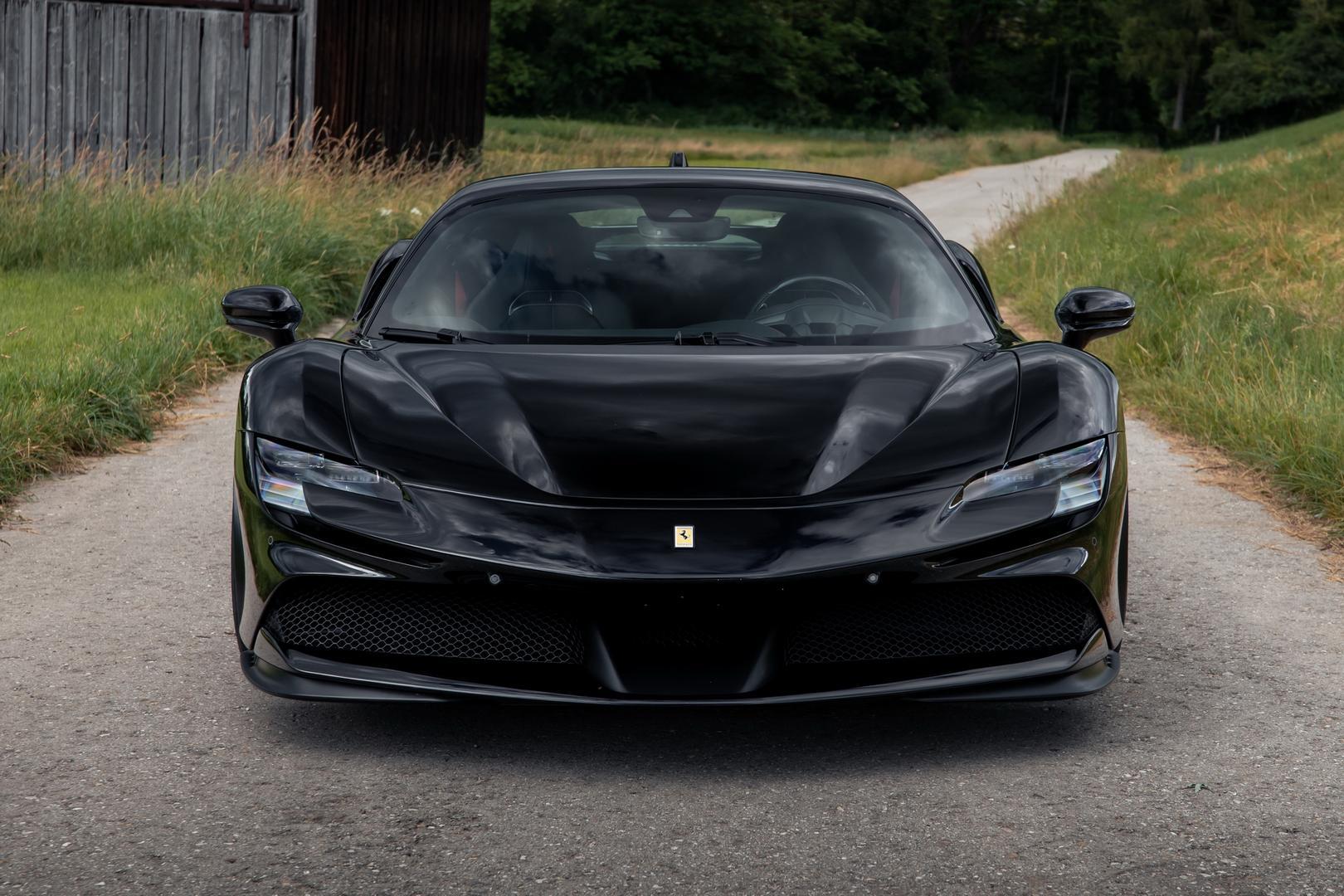 Novitec Ferrari SF90 front