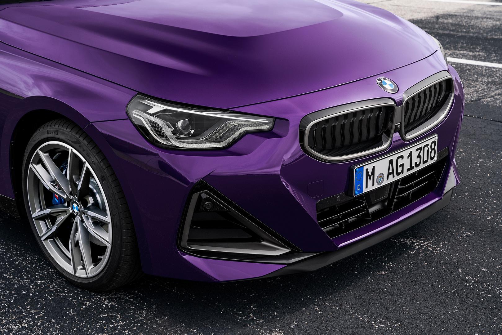 2022 BMW M240i xDrive headlight