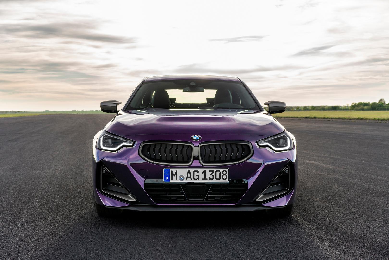 2022 BMW M240i front