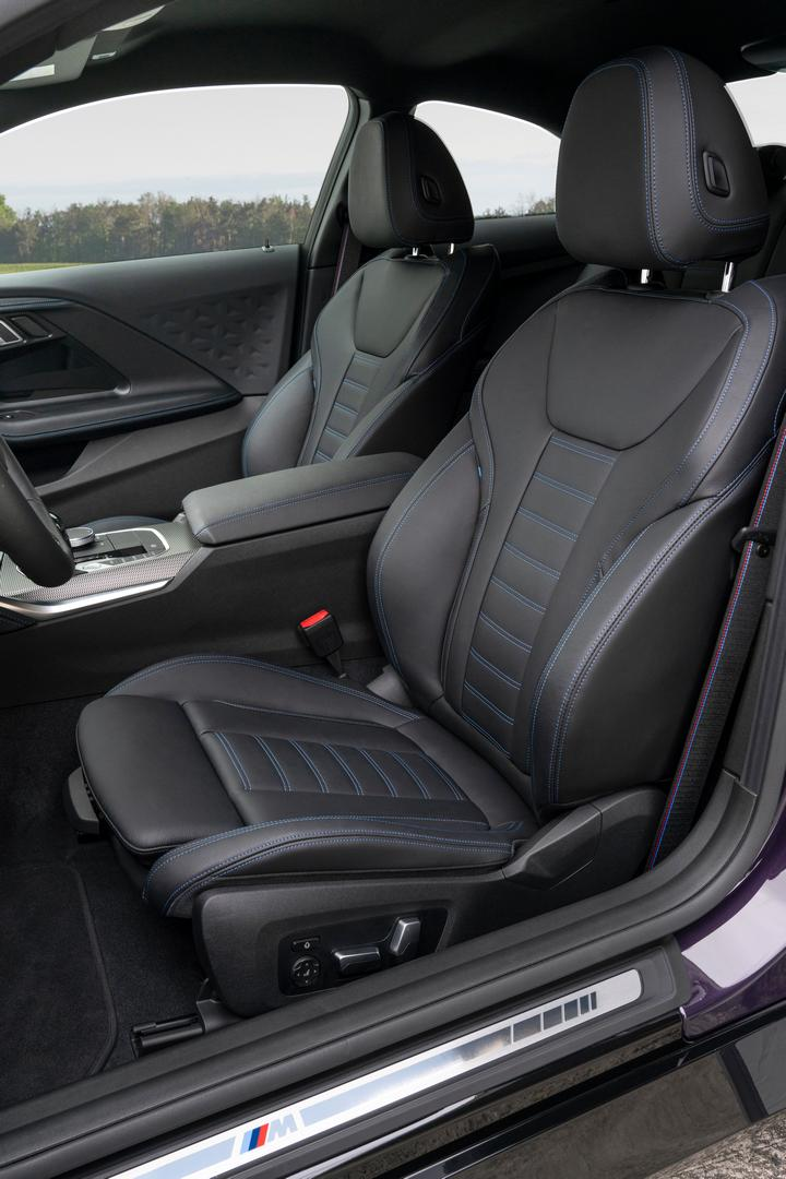 2022 BMW M240i seats