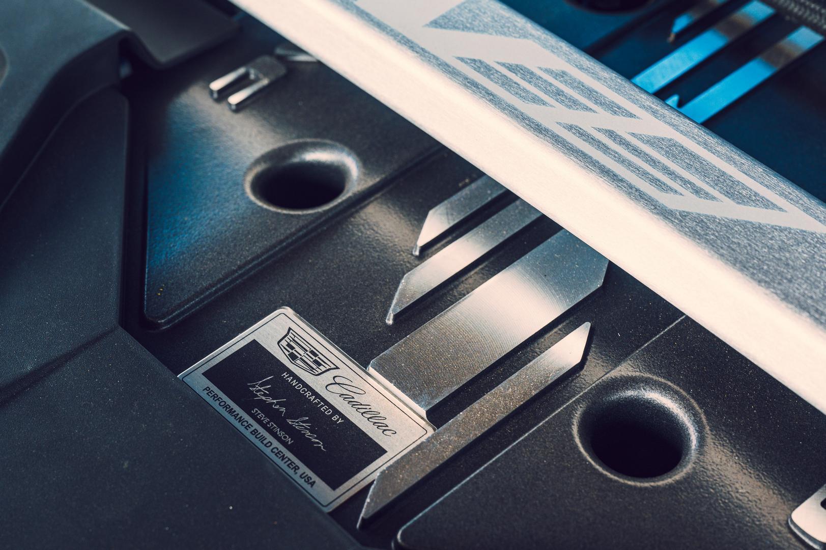 2022 Cadillac CTS-V Blackwing badge