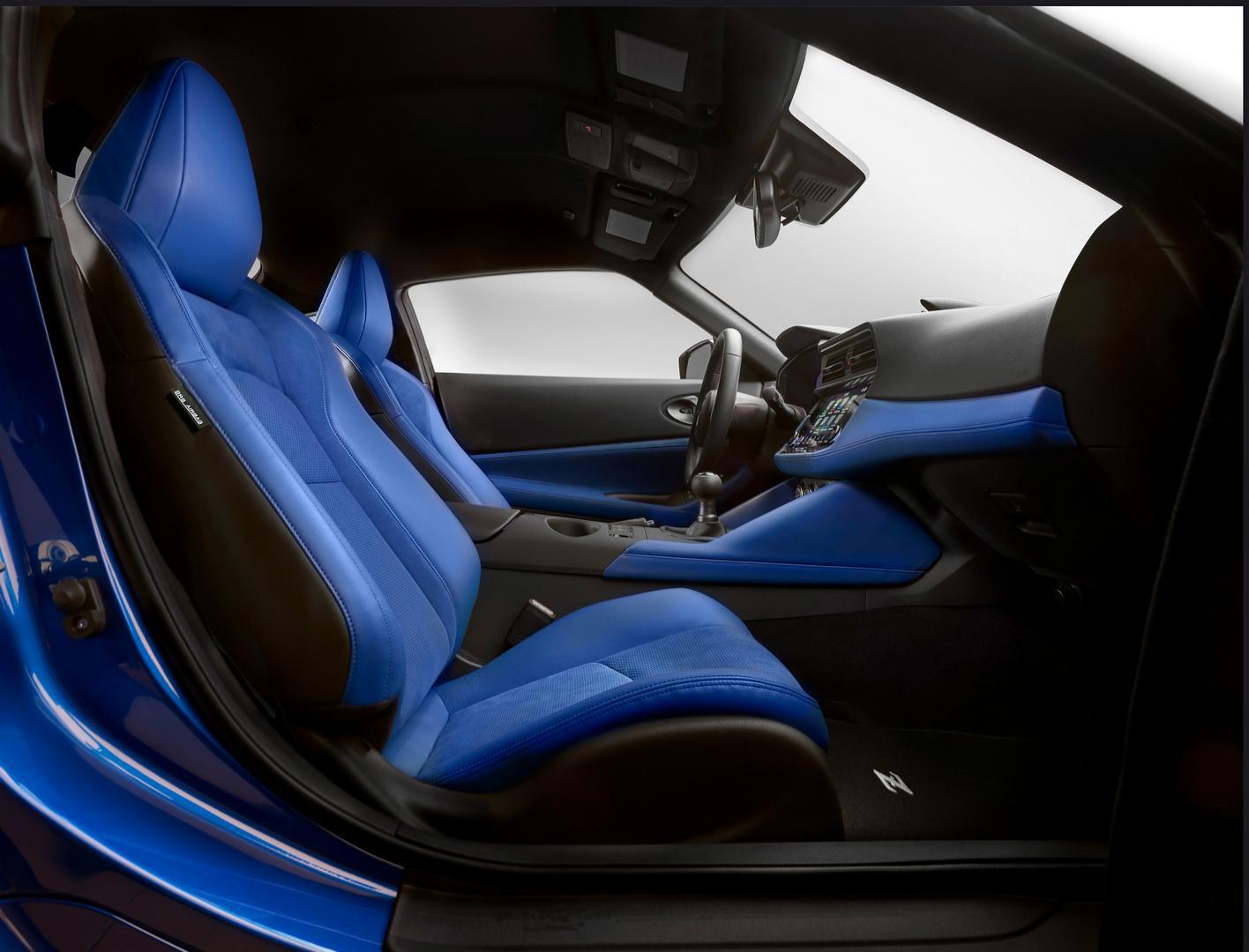 2022 Nissan Z seats