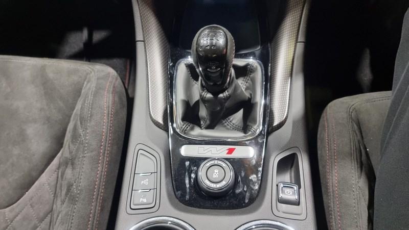 Holden HSV GTSR W1 manual gearbox