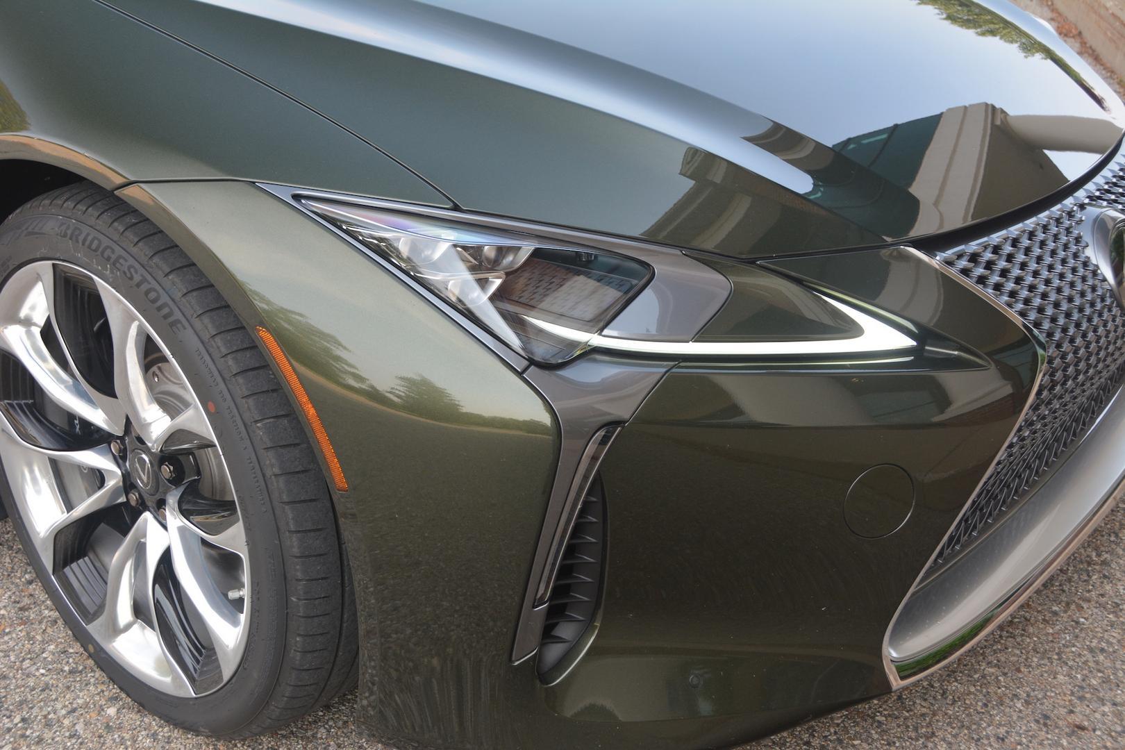 Lexus LC 500 Convertible headlights