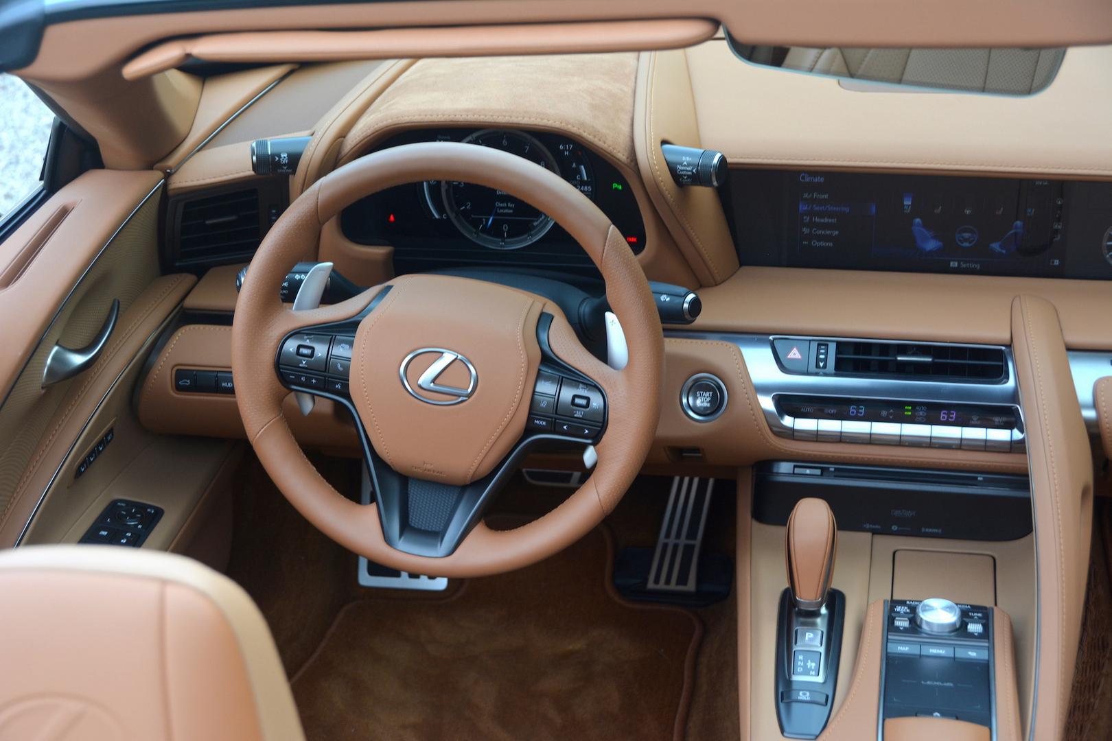 Lexus LC 500 Convertible steering wheel